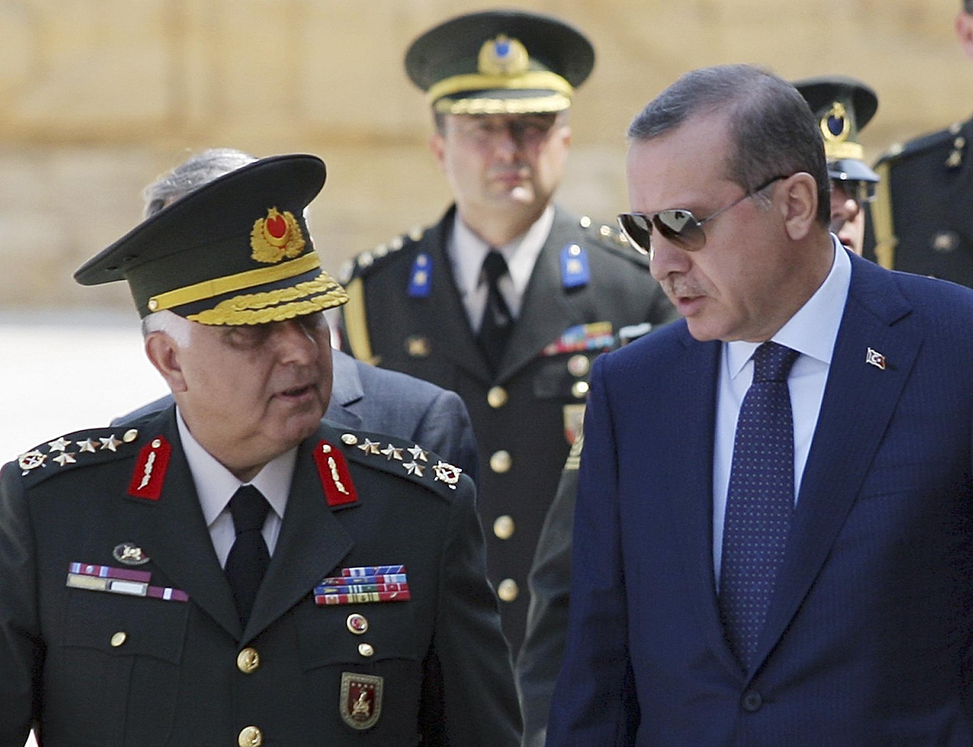 Νέες διώξεις στρατηγών στην Τουρκία   tovima.gr