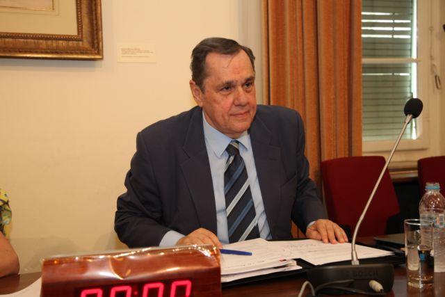 Θ. Τσούρας: «Δεν θα είμαι υποψήφιος, παραμένω στην πρώτη γραμμή»   tovima.gr