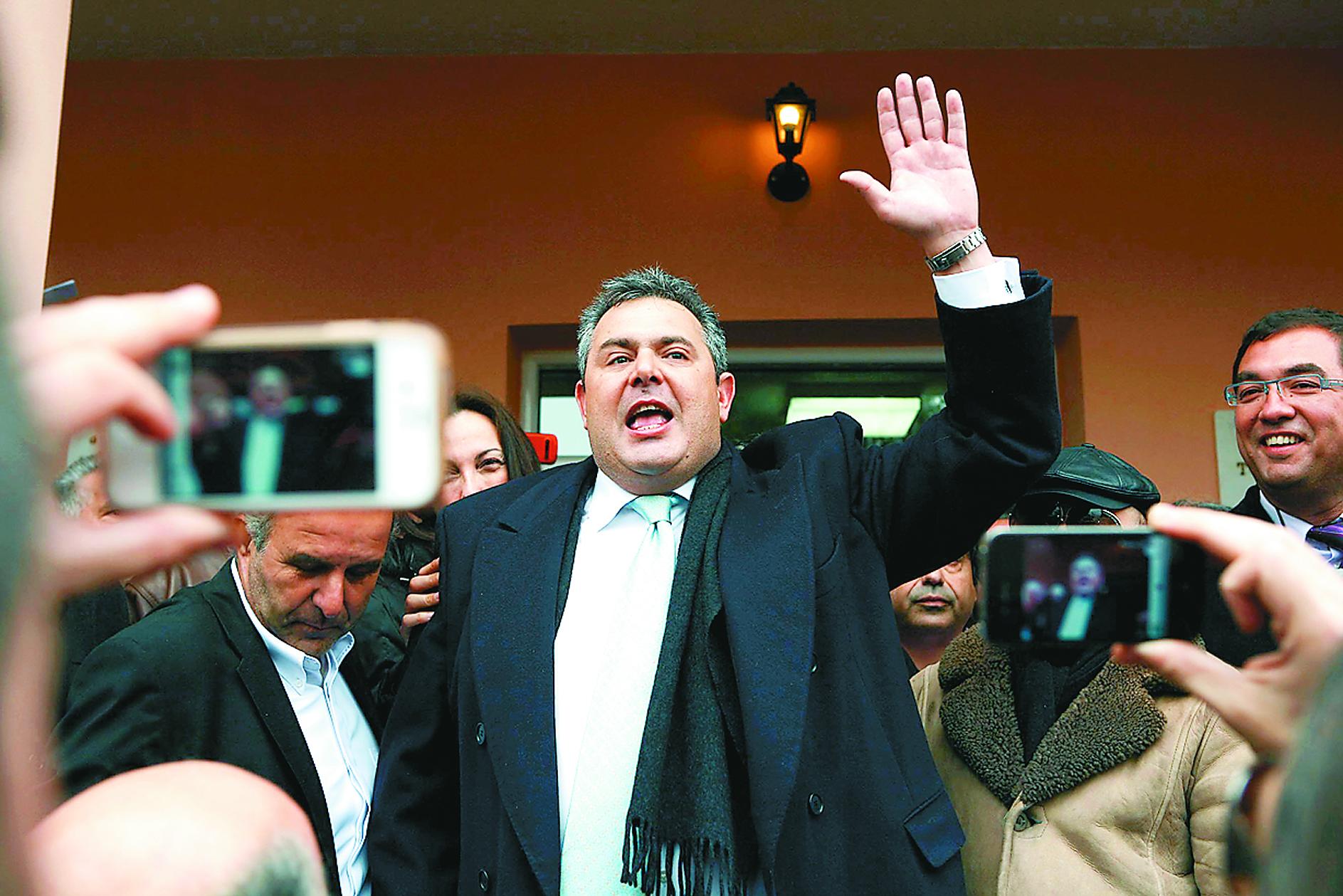 ΝΔ για Καμμένο: «Είναι εξαιρετικά επικίνδυνος για τη χώρα» | tovima.gr