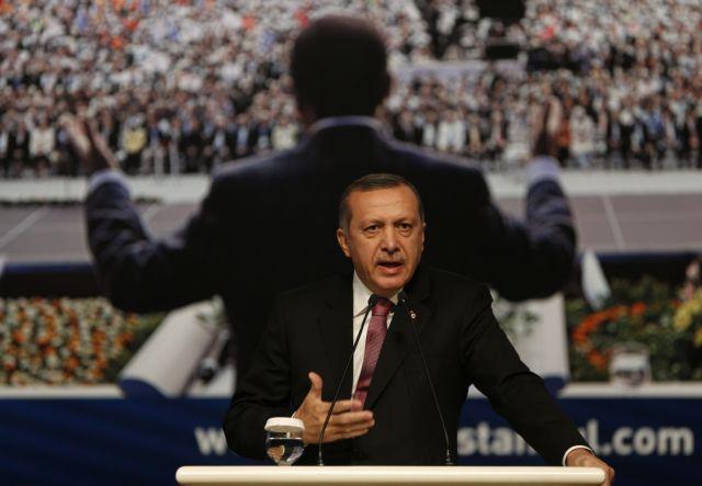 Προεδρικό σύστημα με πρόεδρο τον ίδιο θέλει ο Ερντογάν | tovima.gr