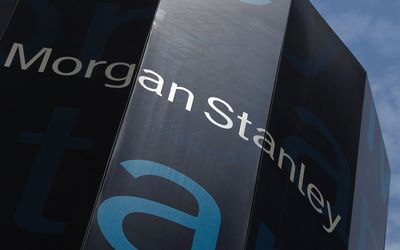 Morgan Stanley: «Υποχωρούν οι αναταράξεις στην ελληνική οικονομία» | tovima.gr