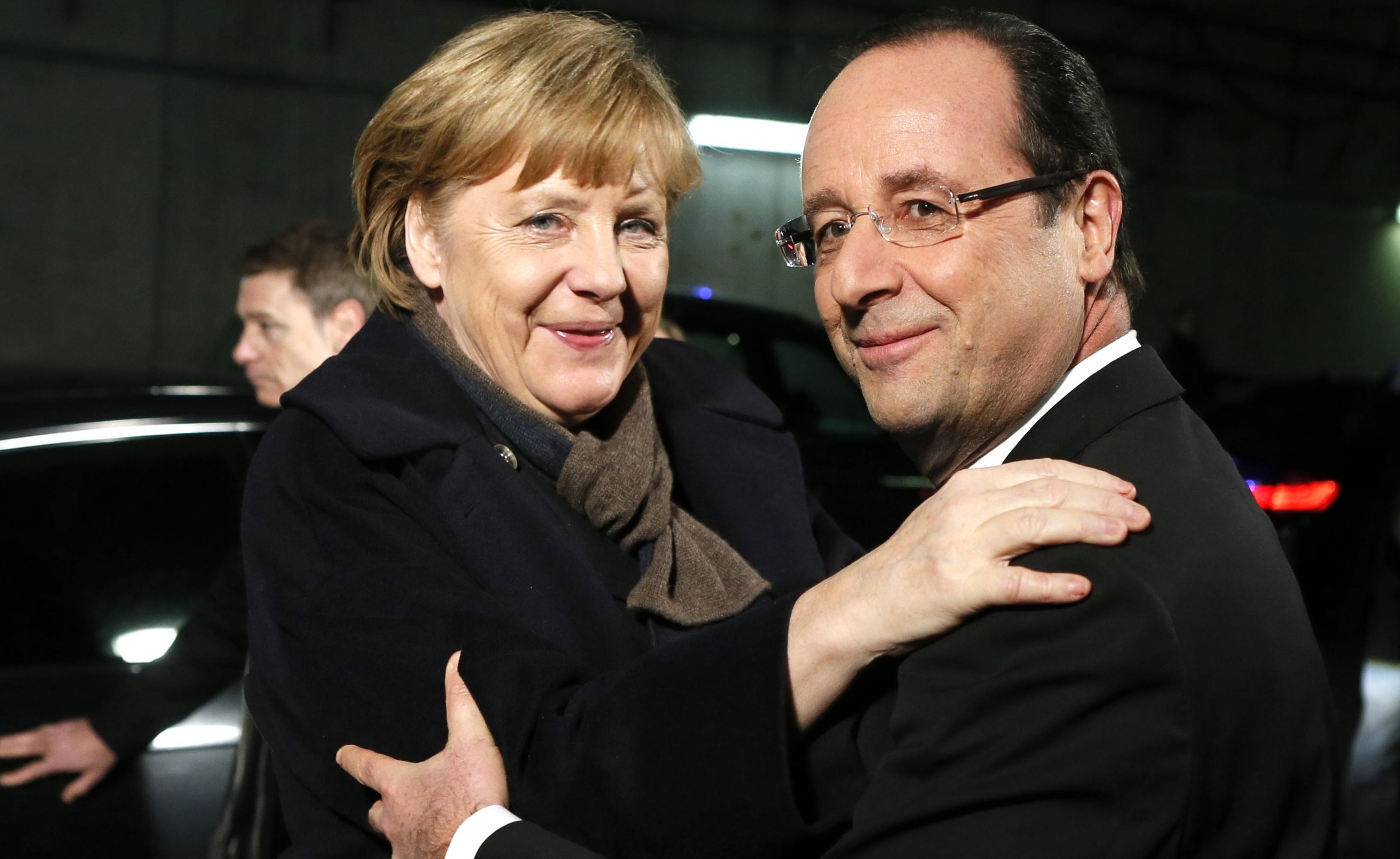 Ολάντ – Μέρκελ: «Ναι» σε πλήρους απασχόλησης πρόεδρο Eurogroup | tovima.gr