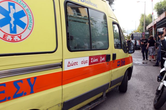 One killed, four injured in bus stop collision in Thessaloniki | tovima.gr