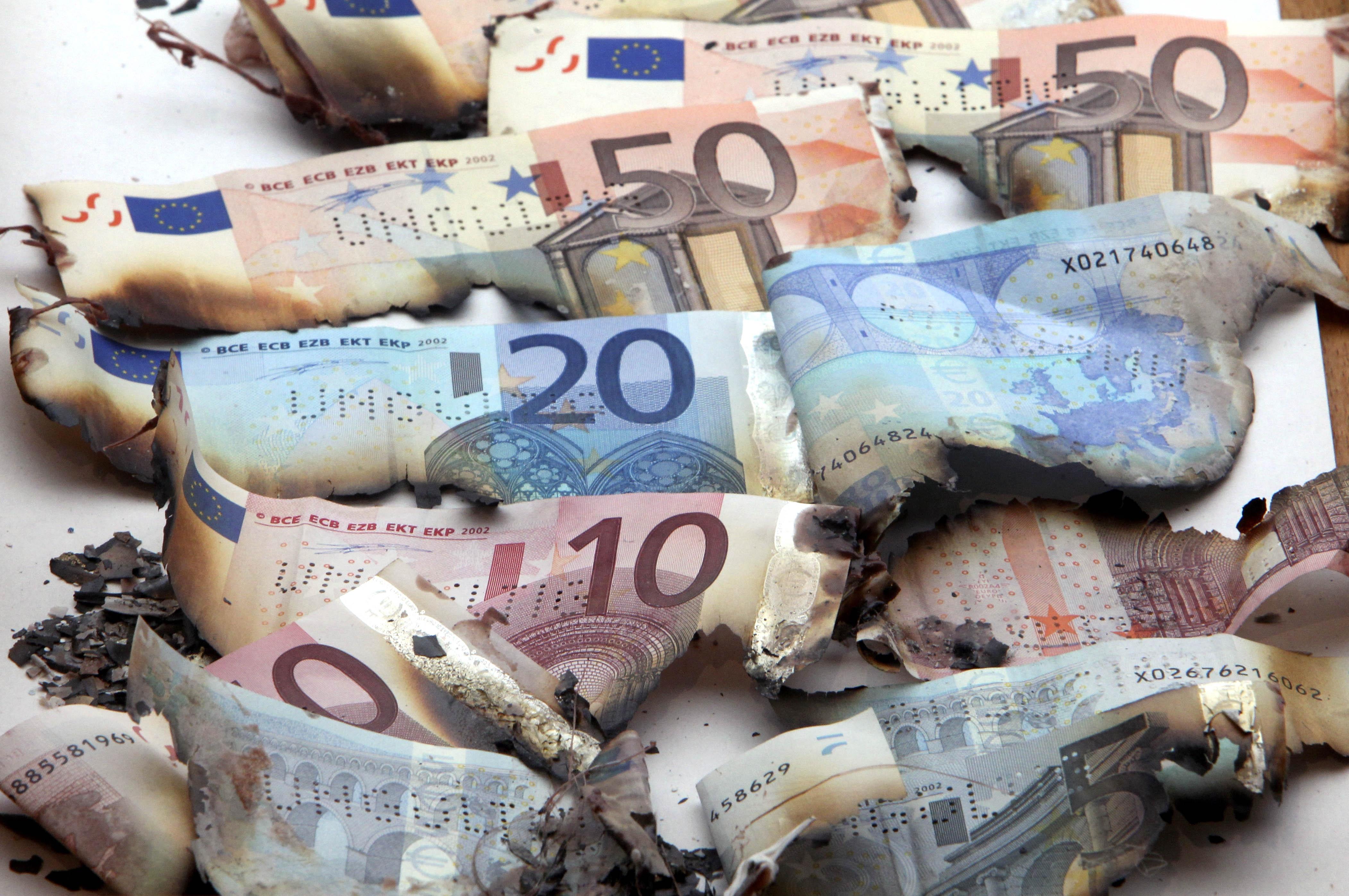 «Bild Zeitung»: «Οι Ελληνες να ξεχρεώσουν με δικά τους χρήματα»   tovima.gr
