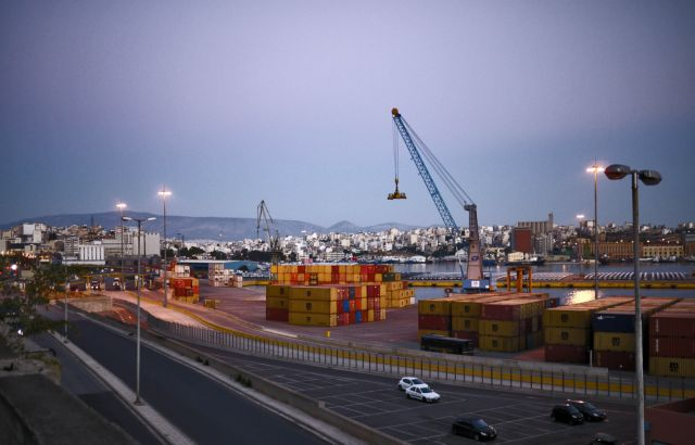 Parliament to host discussion on Port of Piraeus privatization | tovima.gr