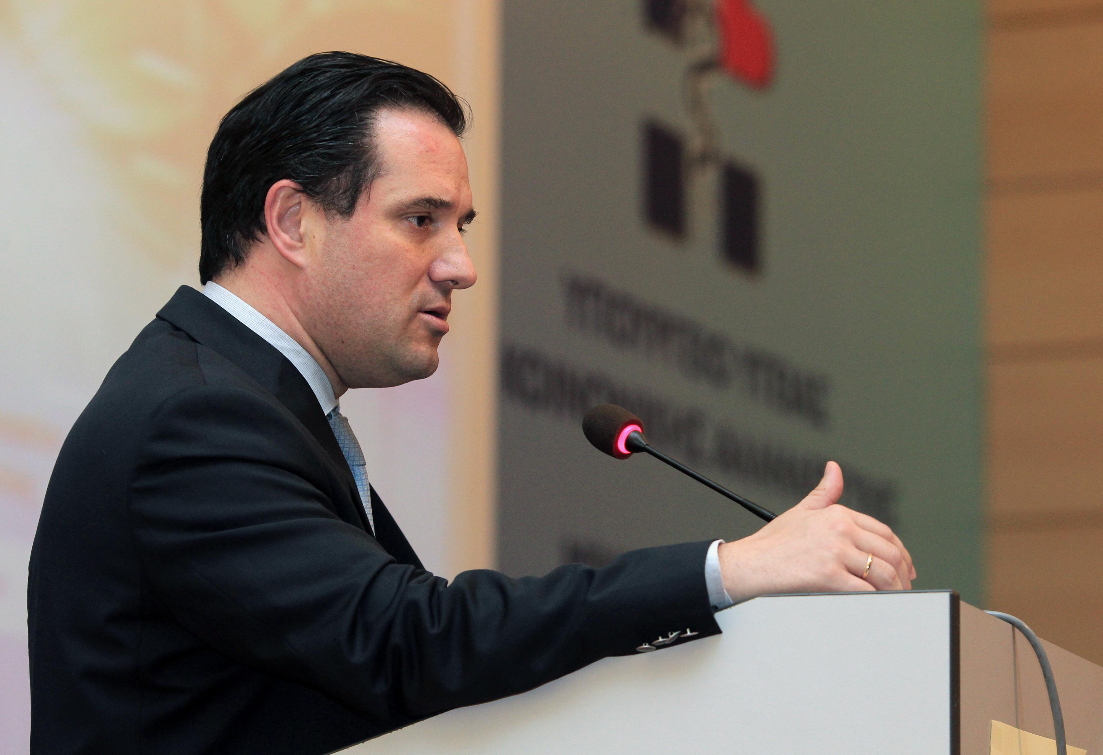 Γεωργιάδης: Η κυβέρνηση δεν θα εκβιαστεί από τους φαρμακοποιούς | tovima.gr