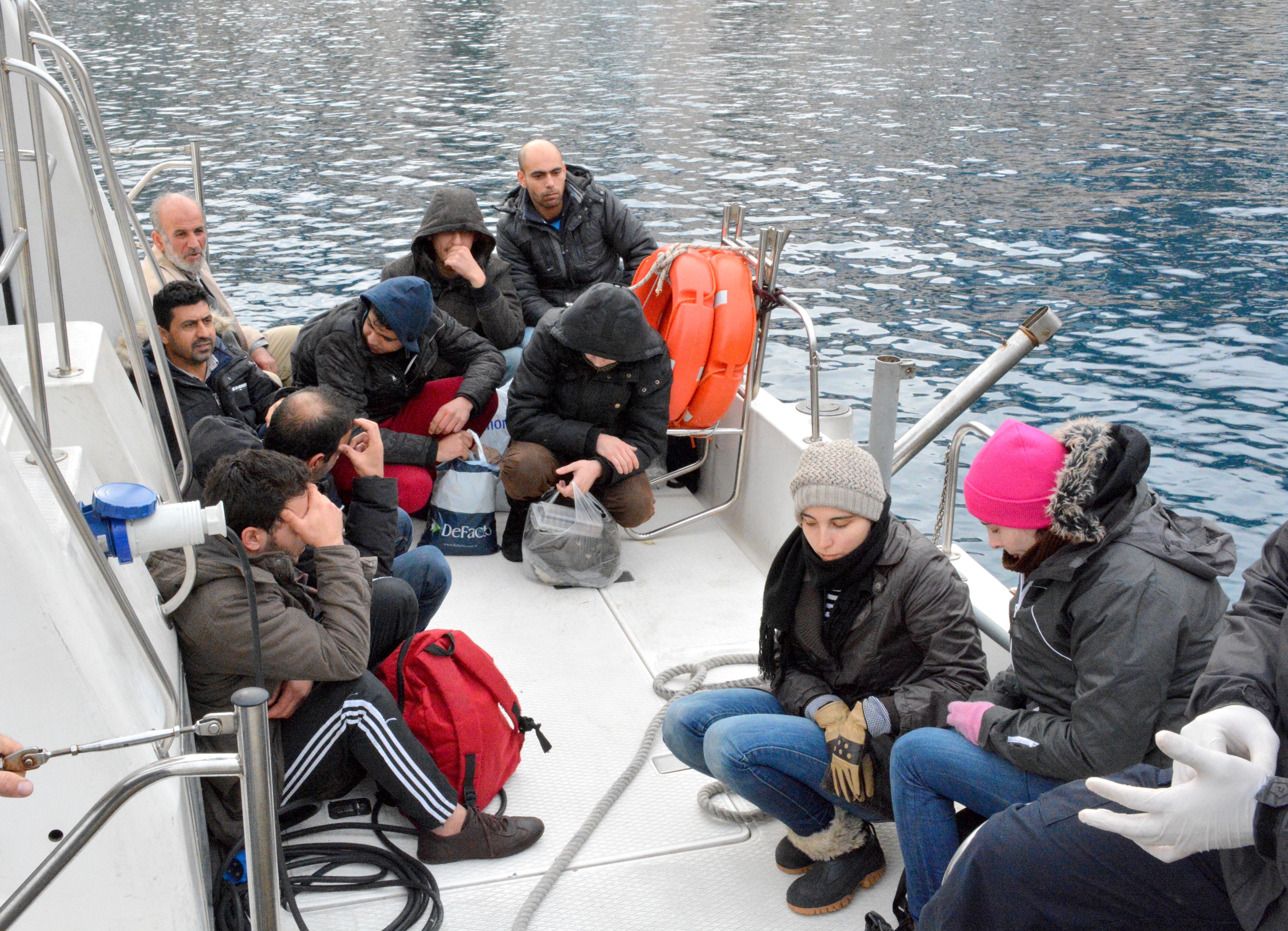 Περισυλλέγησαν 38 μετανάστες από το Λιμενικό ανοιχτά της Μυτιλήνης | tovima.gr