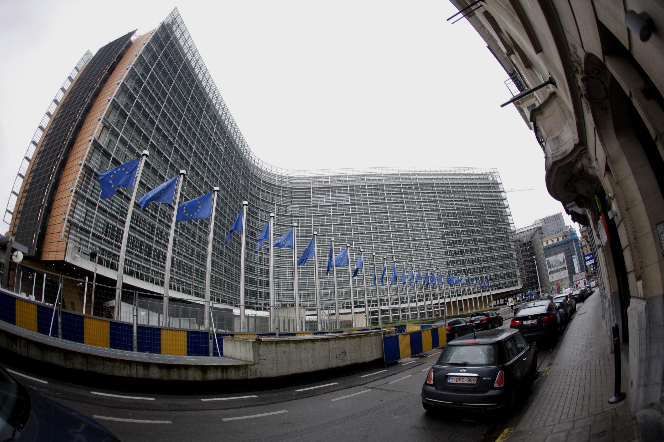 Wall Street Journal: Θα απορρίψουν το γαλλικό προϋπολογισμό οι Βρυξέλλες | tovima.gr