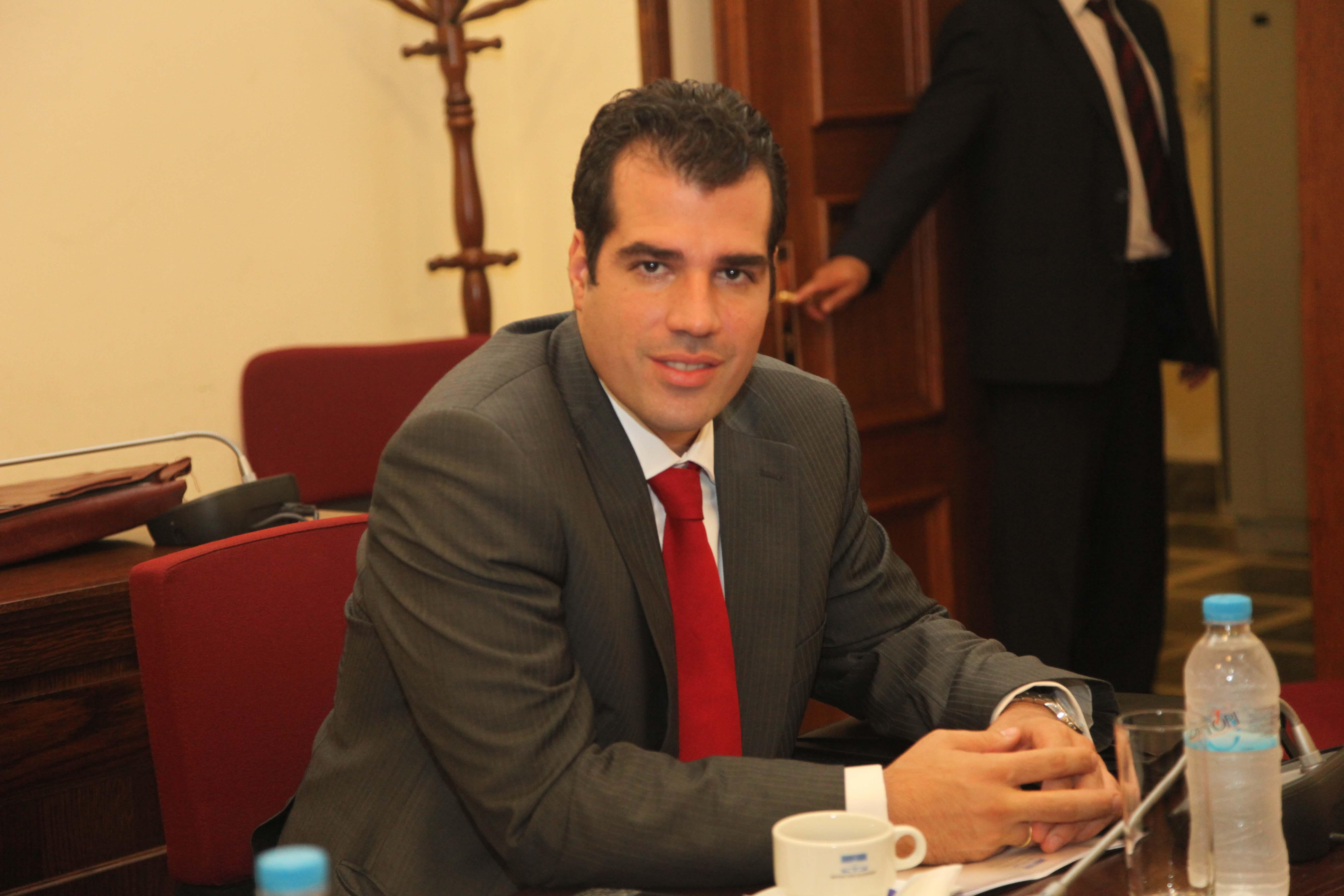 Θ. Πλεύρης: Ορκίστηκε και ανέλαβε κοινοβουλευτικά καθήκοντα | tovima.gr
