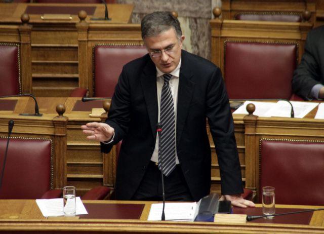 Ο Μαυραγάνης προαναγγέλλει μειώσεις στη φορολογία   tovima.gr