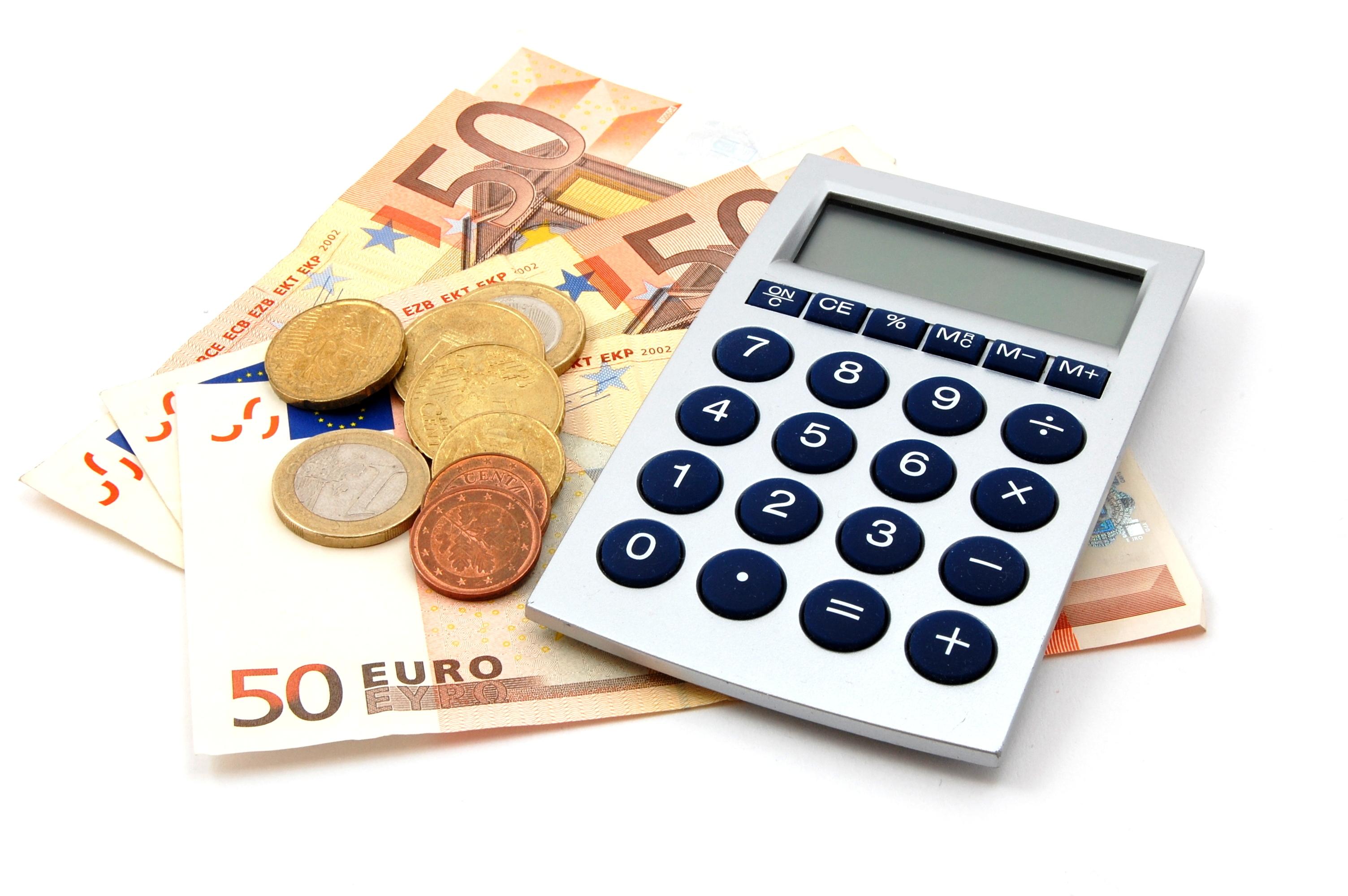 Στα 4,79 δισ. ευρώ ανήλθαν οι ληξιπρόθεσμες οφειλές στο 9μηνο | tovima.gr