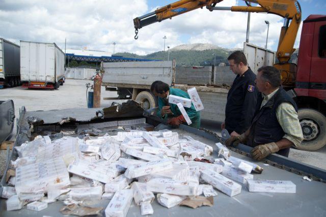 Καλπάζει το παράνομο εμπόριο τσιγάρων | tovima.gr