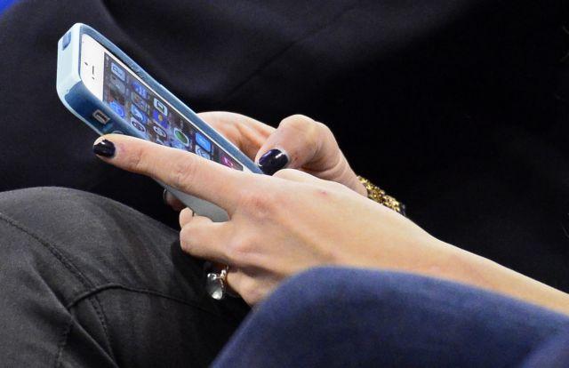 Η χρήση smartphone αλλάζει τον εγκέφαλο | tovima.gr