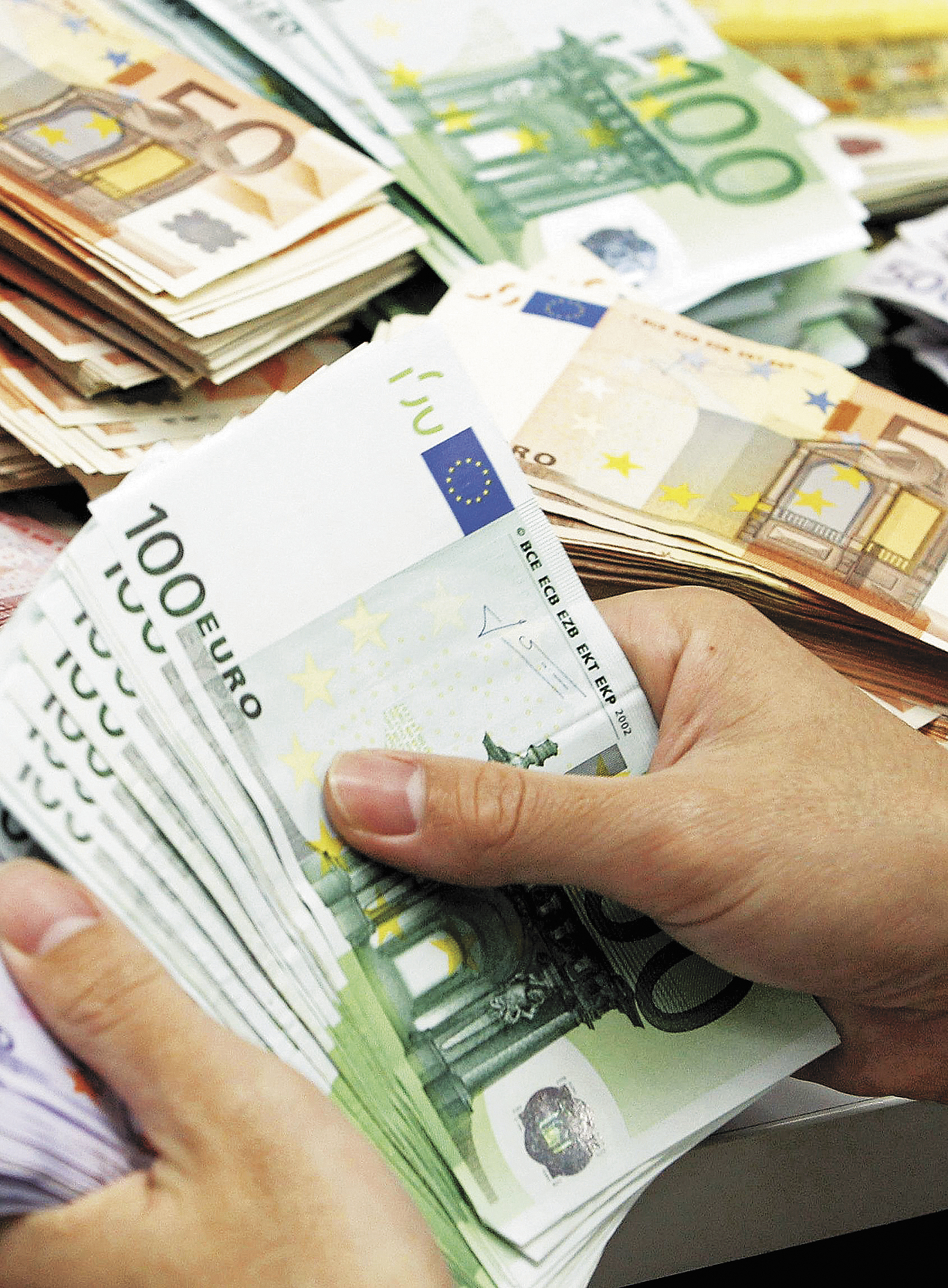 Πάγωσε το ενδιαφέρον για την ρύθμιση των 100 δόσεων λόγω εκλογών | tovima.gr