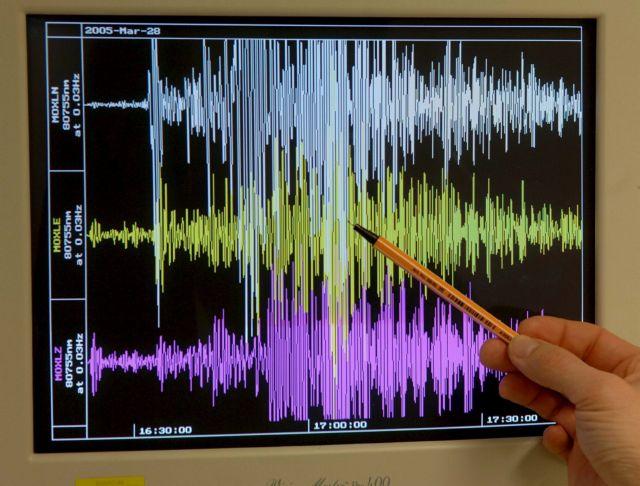 Earthquake measuring 3.3 Richter felt across Athens | tovima.gr