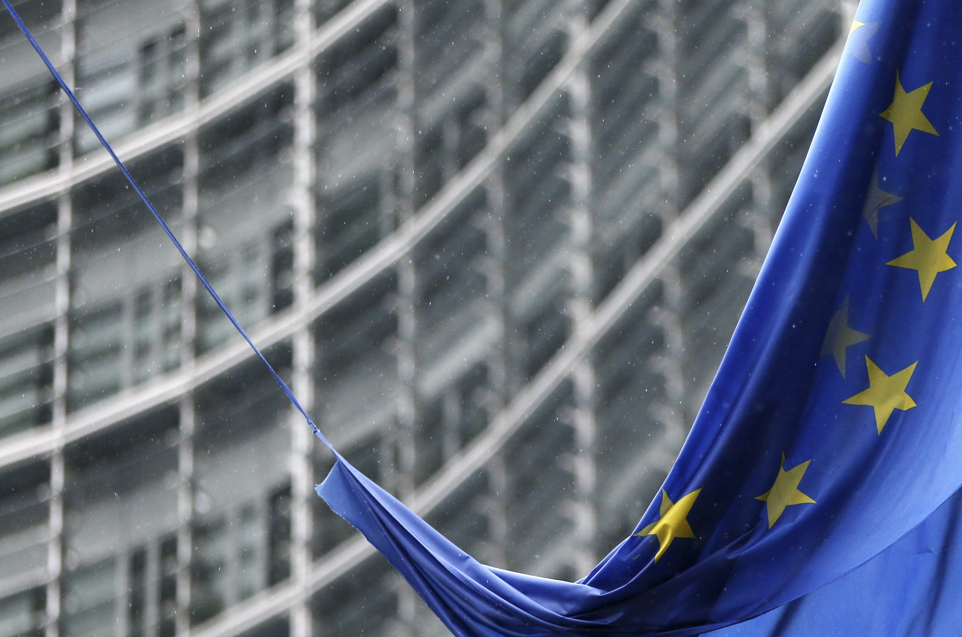 Στις Βρυξέλλες ο Κοτζιάς στη συνάντηση των «28» για τη Ρωσία   tovima.gr