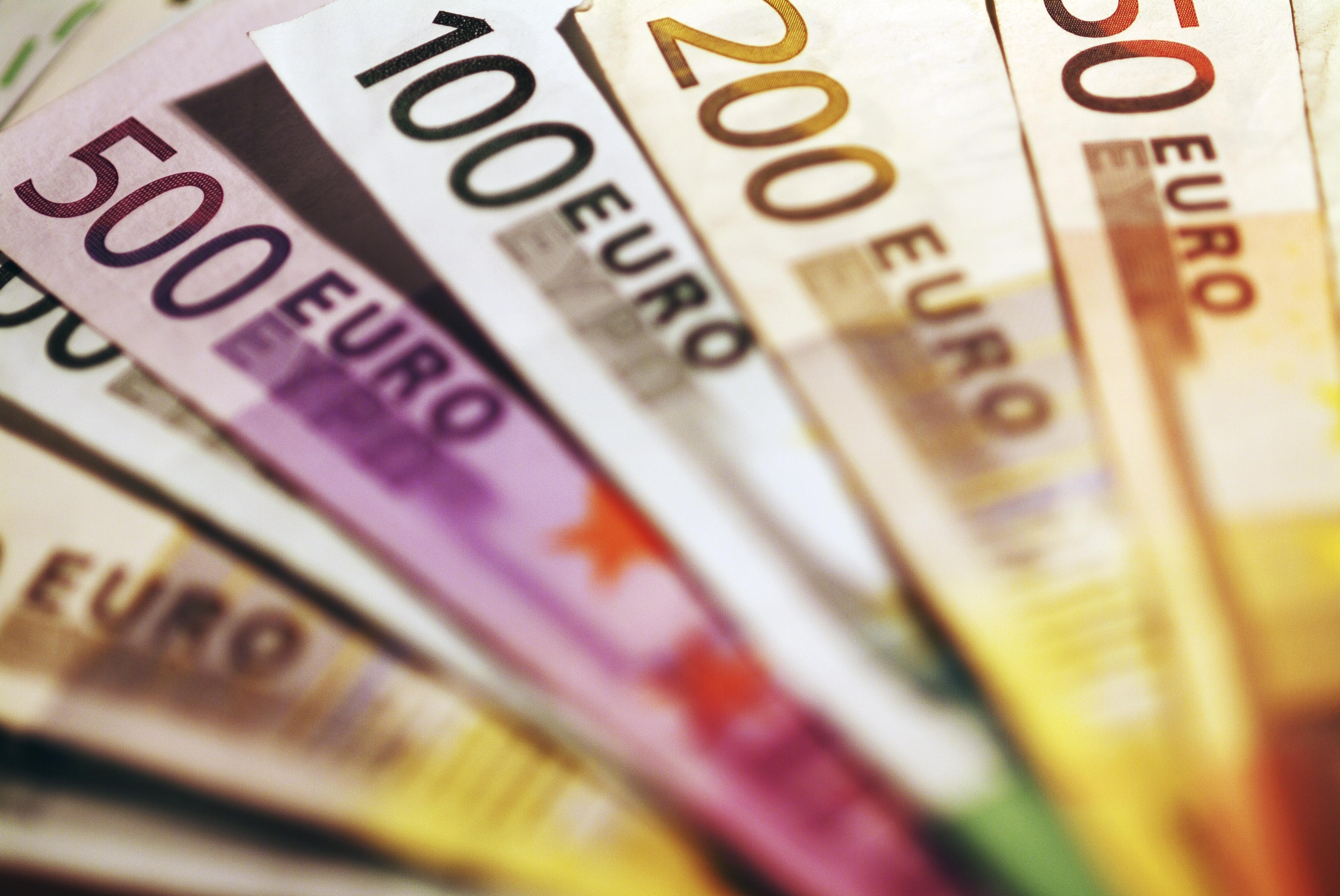 ODDIH: Greece draws 1.14 billion euros from six-month Treasury bills | tovima.gr