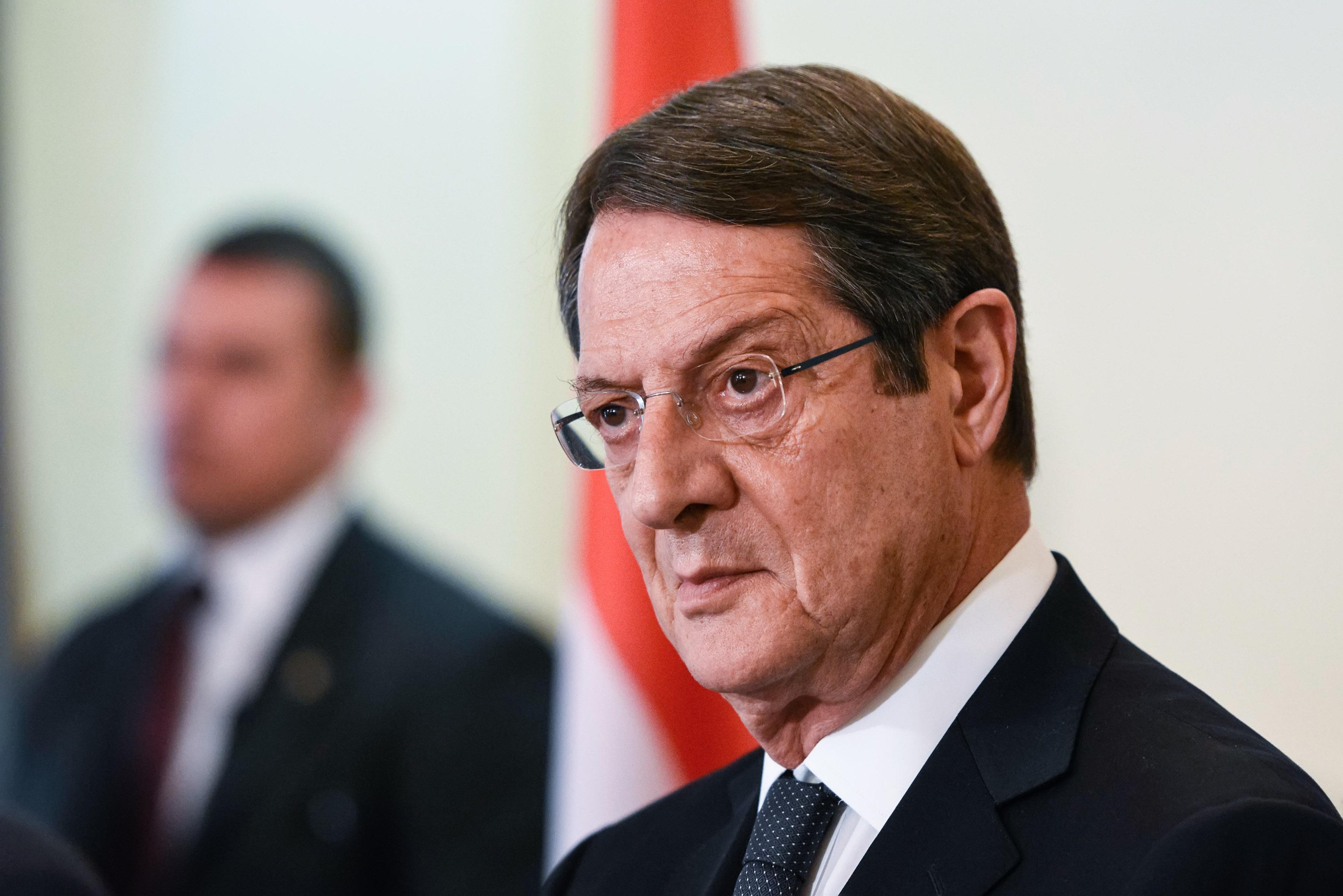 Κύπρος: Με τον Ακιντζί συναντάται απόψε ο Αναστασιάδης   tovima.gr