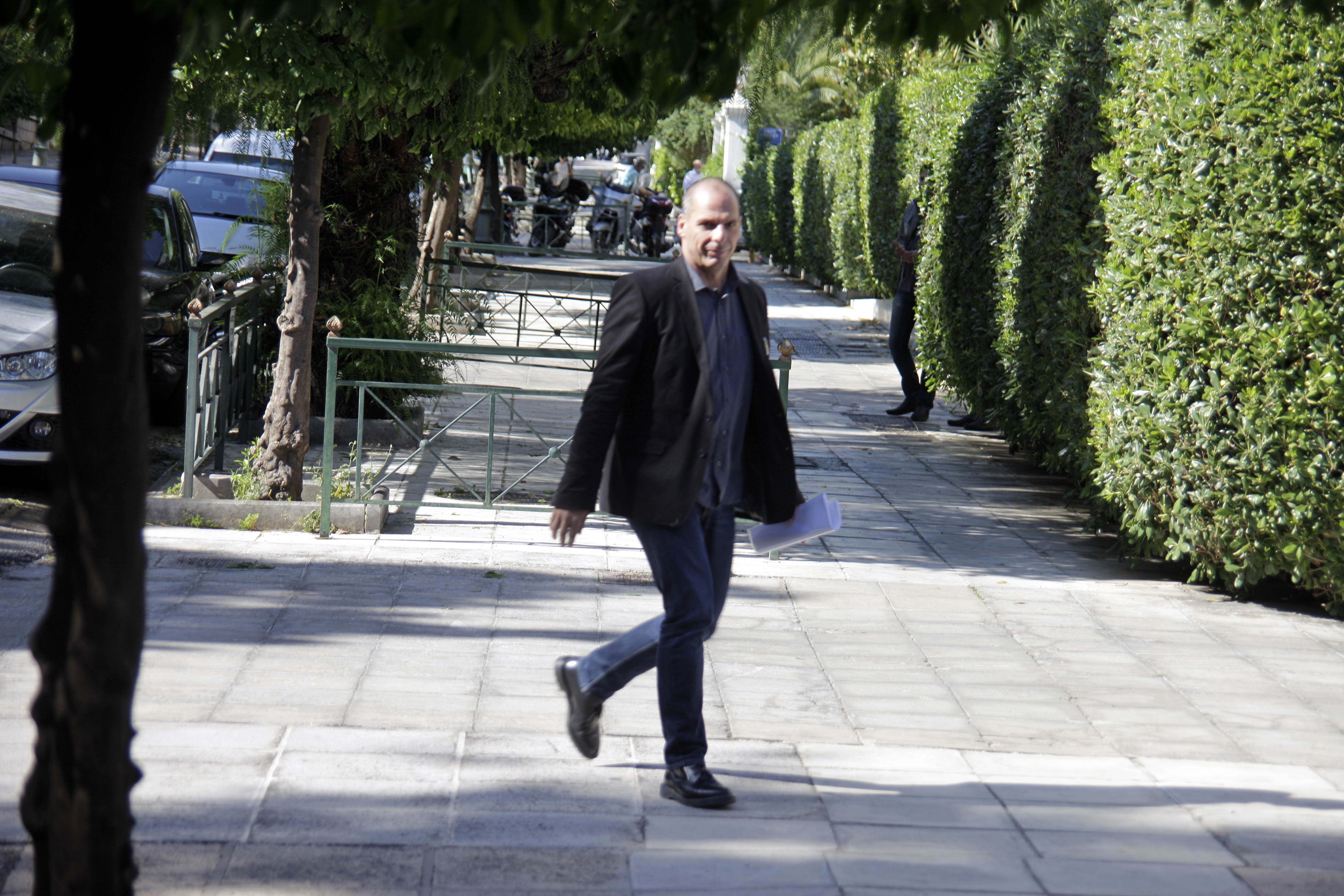 Βαρουφάκης σε Κασιδιάρη:Είσαστε στη φυλακή για εγκληματικές πράξεις | tovima.gr