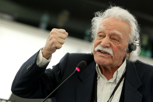 Manolis Glezos submits resignation at European Parliament | tovima.gr