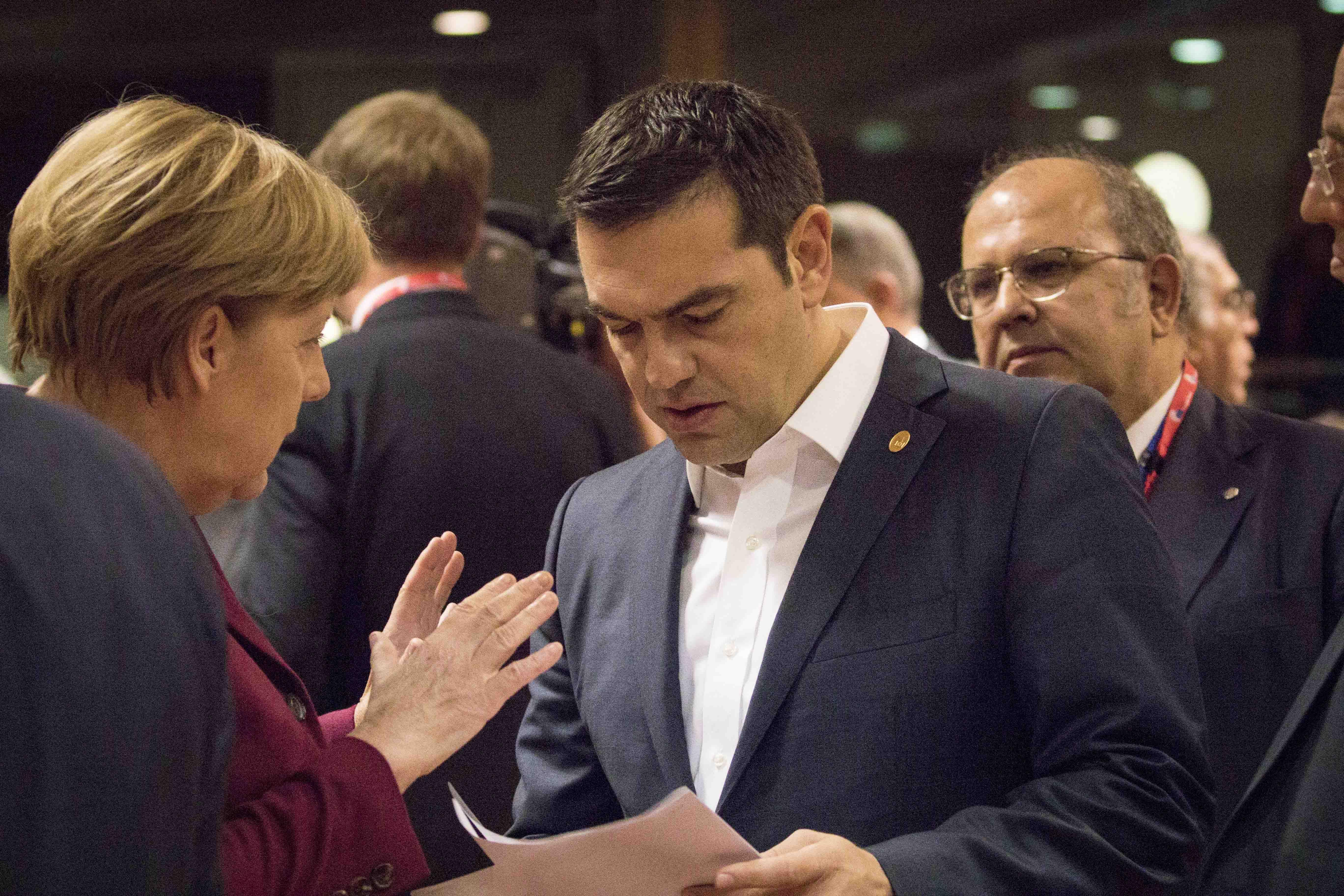 Μίνι Σύνοδος Κορυφής: Πέντε δακτύλιοι προστασίας από τους πρόσφυγες για τη Γερμανία | tovima.gr