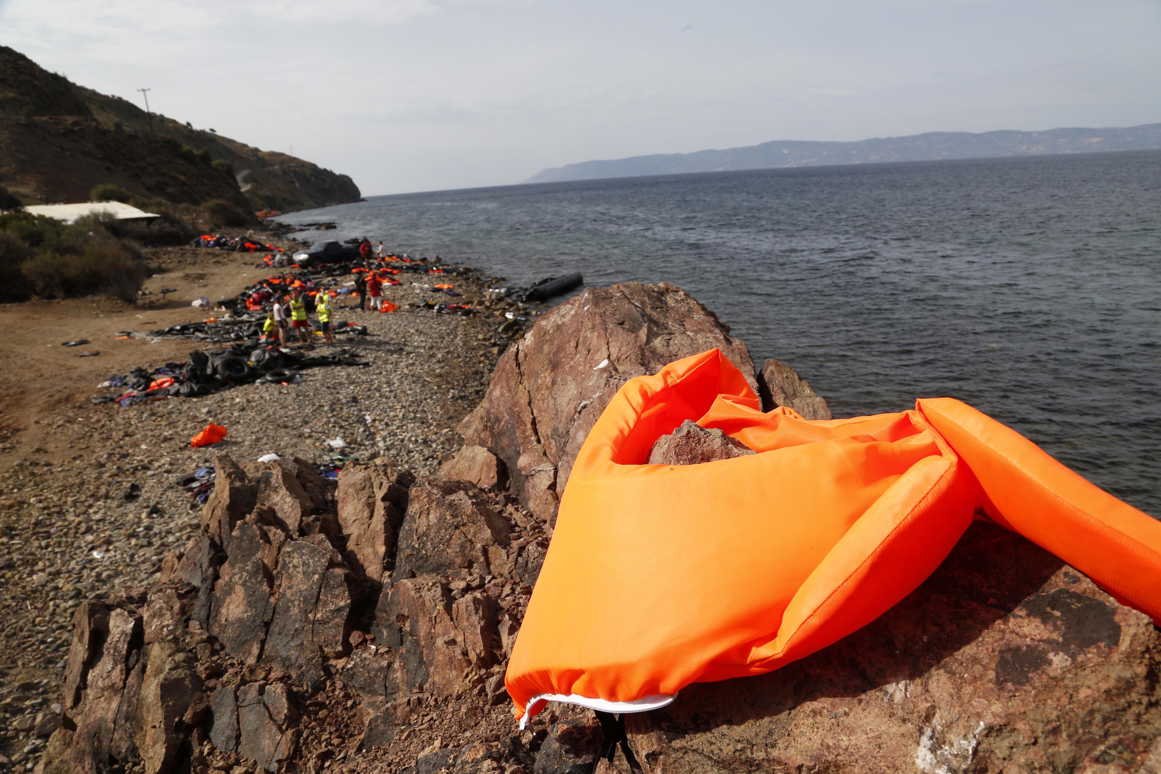 Μητροπολίτης Μυτιλήνης:Δεν υπάρχει χώρος να ταφούν οι πρόσφυγες   tovima.gr