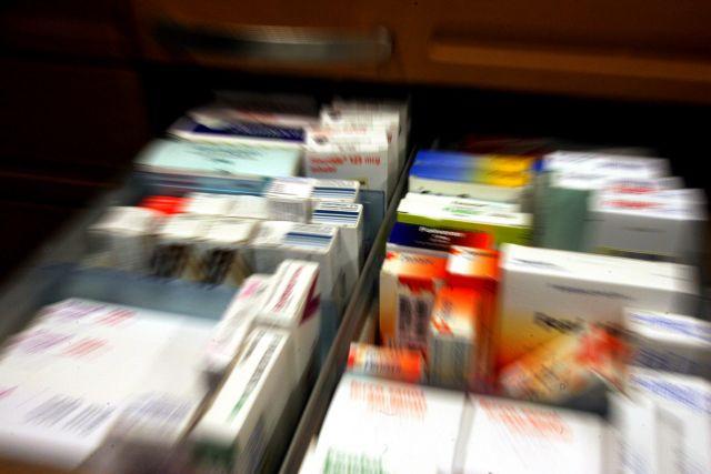 Σε δημόσια διαβούλευση οι τιμές των υπό ανατιμολόγηση φαρμάκων | tovima.gr
