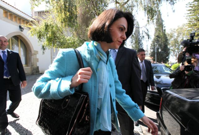 """Velculescu: """"Greece needs a significant reduction of its public debt"""" 