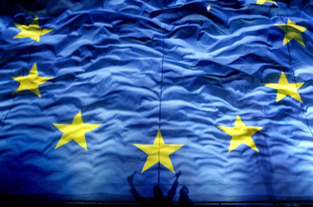 Επικυρώθηκε η Συμφωνία Σύνδεσης ΕΕ-Κοσσυφοπεδίου | tovima.gr