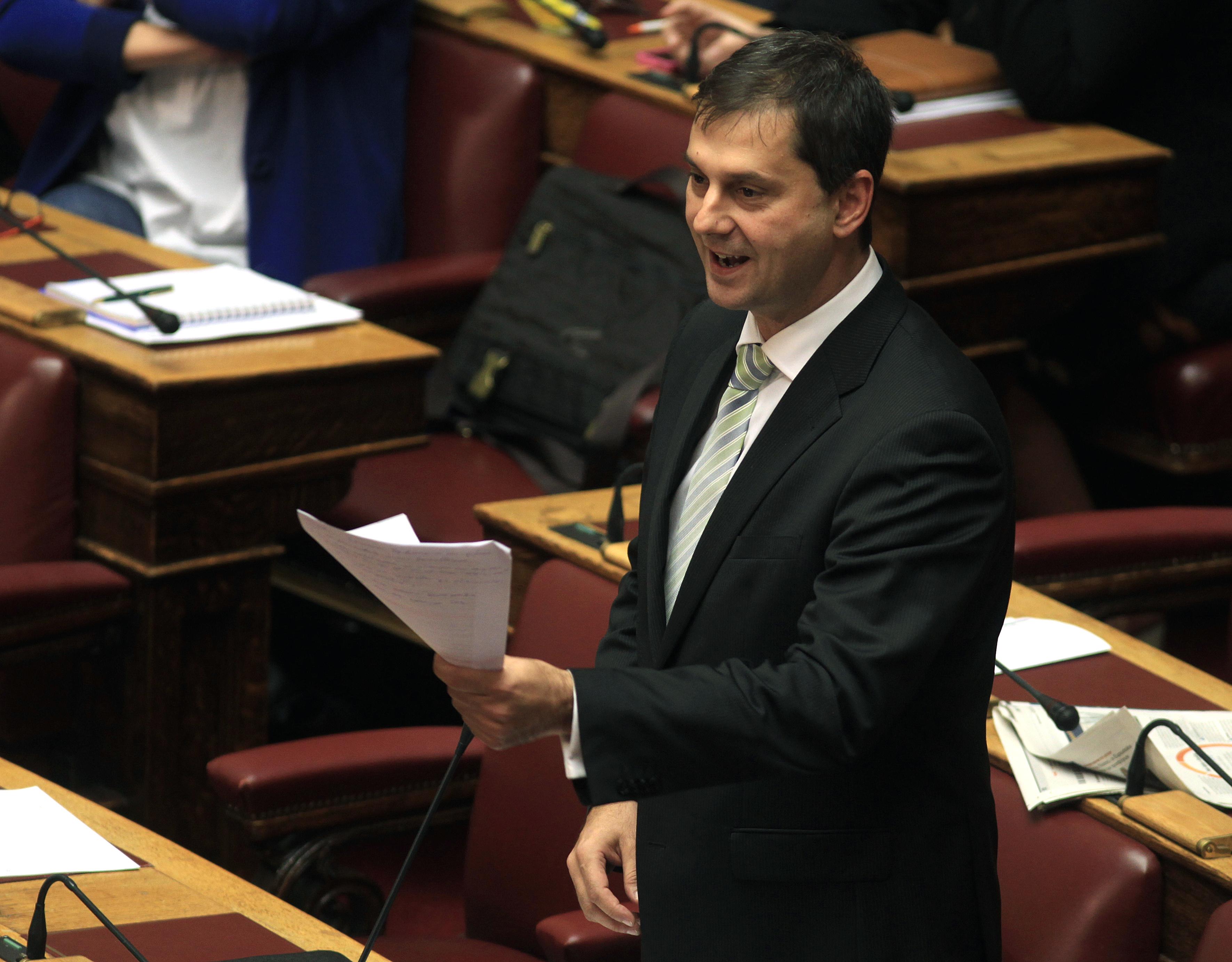 Θεοχάρης: Ο κ. Τσακαλώτος θα έπρεπε να παραιτηθεί, αν είχε ευθιξία | tovima.gr