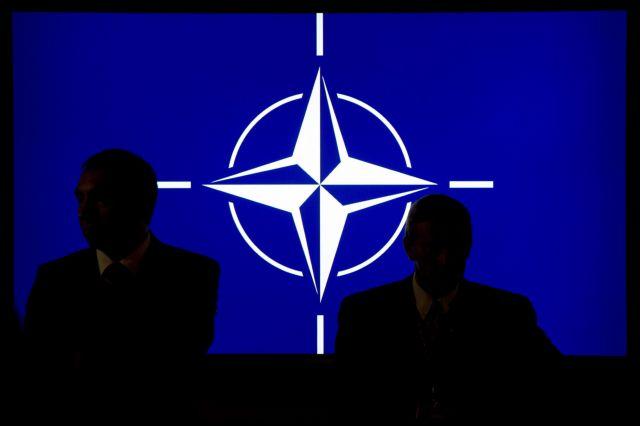Εκτός συλλογικής άμυνας του ΝΑΤΟ βγάζει τις ΗΠΑ ο Τραμπ   tovima.gr