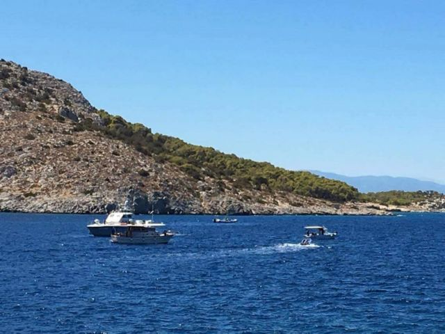 Four perish after speed boat collides with tourist boat off Aegina   tovima.gr