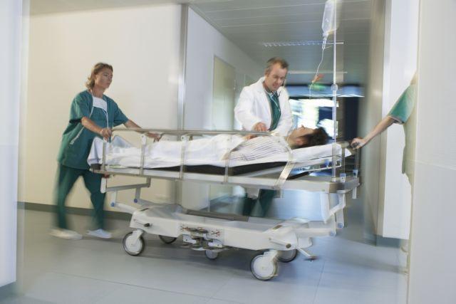 Χωρίς τον ΑΜΚΑ η λίστα χειρουργείου στα νοσοκομεία | tovima.gr