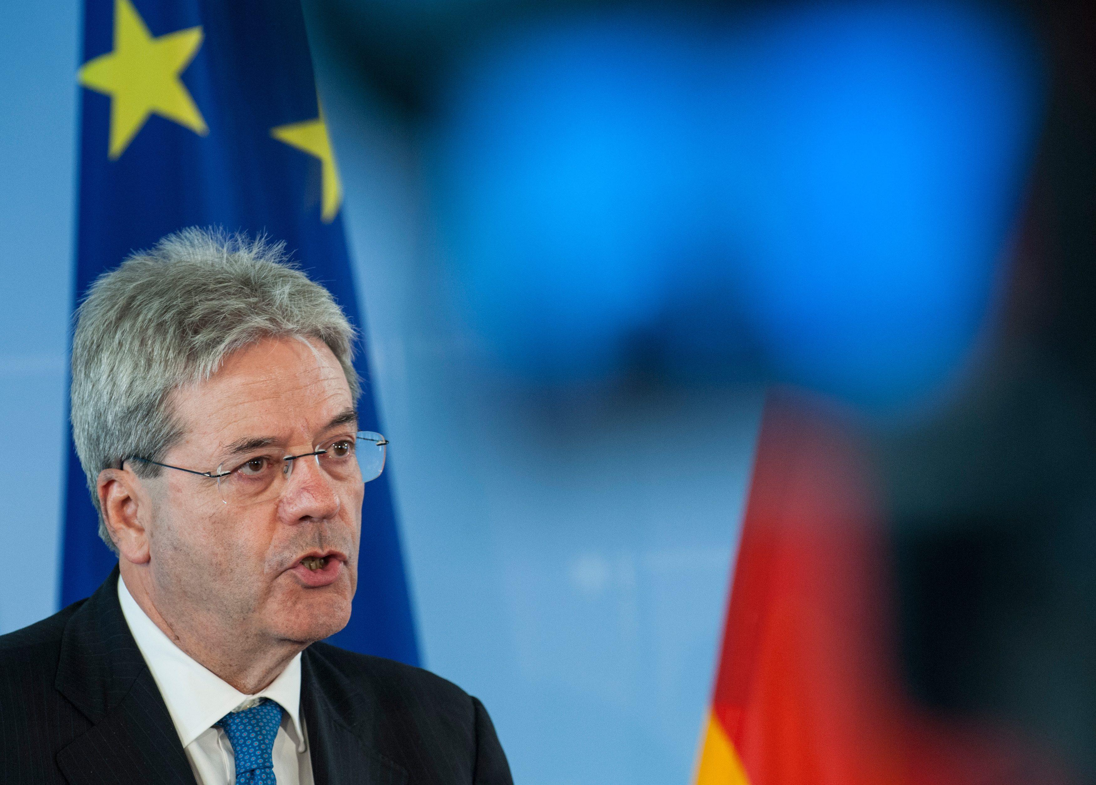 Ιταλία: Τηρούμε τους κανονισμούς της ΕΕ, αλλά δεν θα πάρουμε υφεσιακά μέτρα | tovima.gr