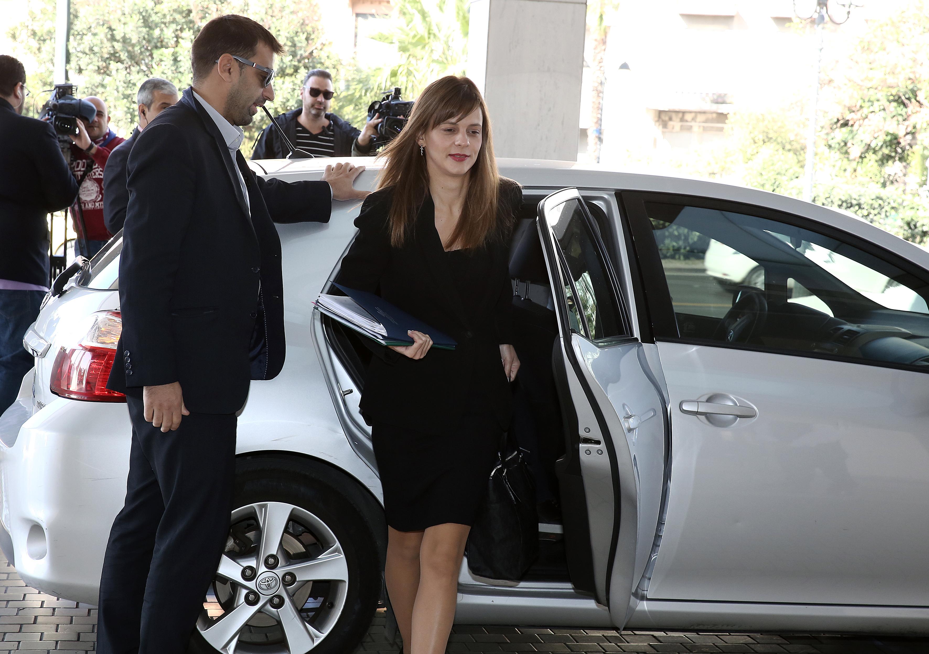Έκλεισε η συμφωνία με τους θεσμούς για τον εξωδικαστικό συμβιβασμό,για τα μη εξυπηρετούμενα επιχειρηματικά δάνεια – Παραμένουν ανοικτά τα μέτρα για το 2019 και μετά καθώς και τα αντίμετρα | tovima.gr