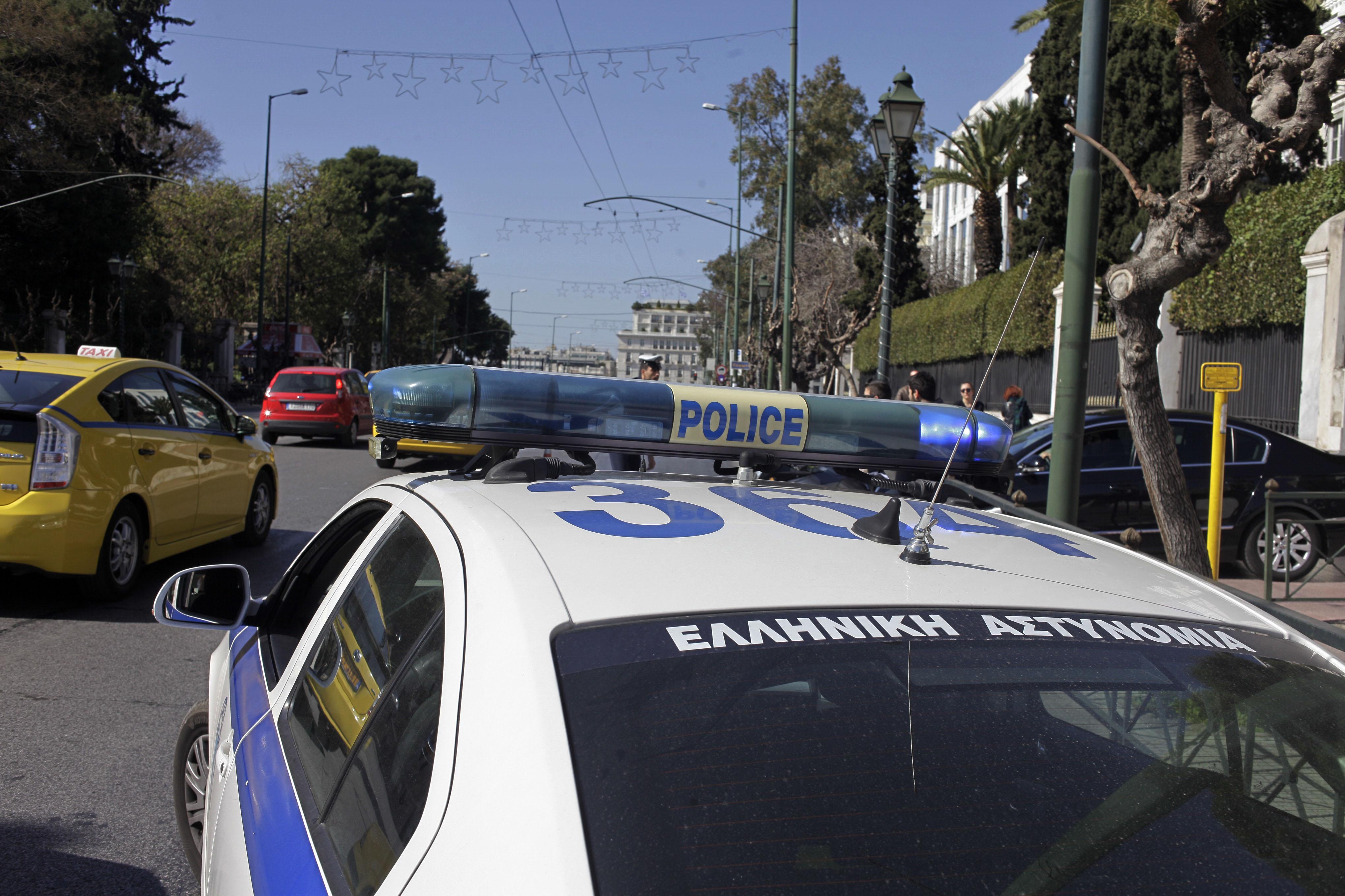 Καταδίωξη ΙΧ αυτοκινήτου με ανταλλαγή πυροβολισμών στον Ασπρόπυργο | tovima.gr