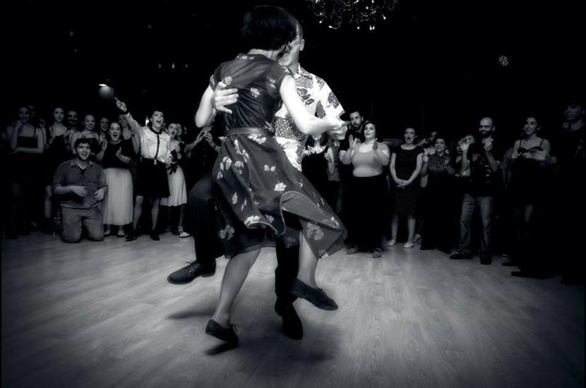 Με μουσική και χορό υποδέχεται τον Απρίλιο το Κέντρο Πολιτισμού Σταύρος Νιάρχος   tovima.gr