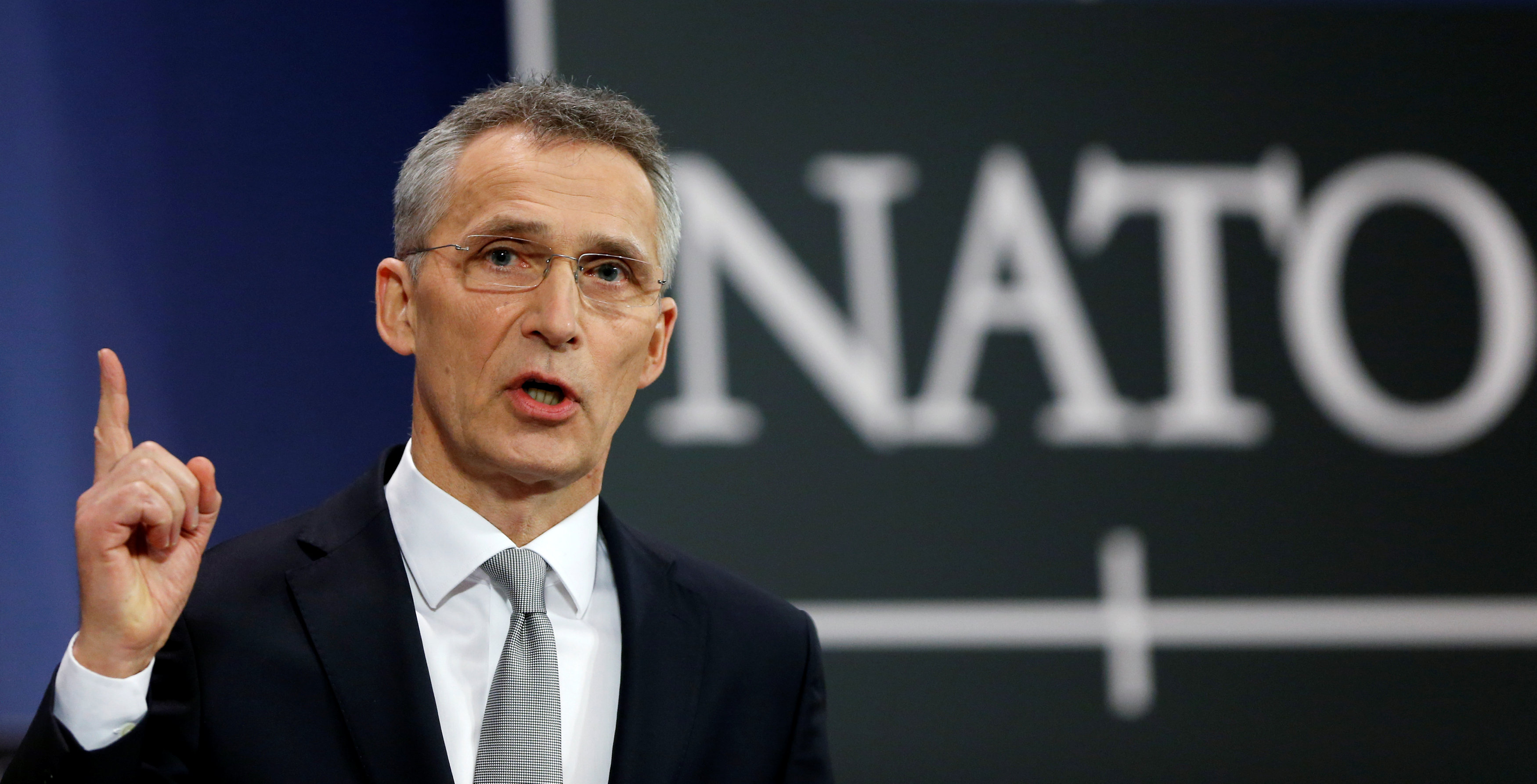 Nato keeps equal distances on Turkey's imprisonment of two Greek officers | tovima.gr