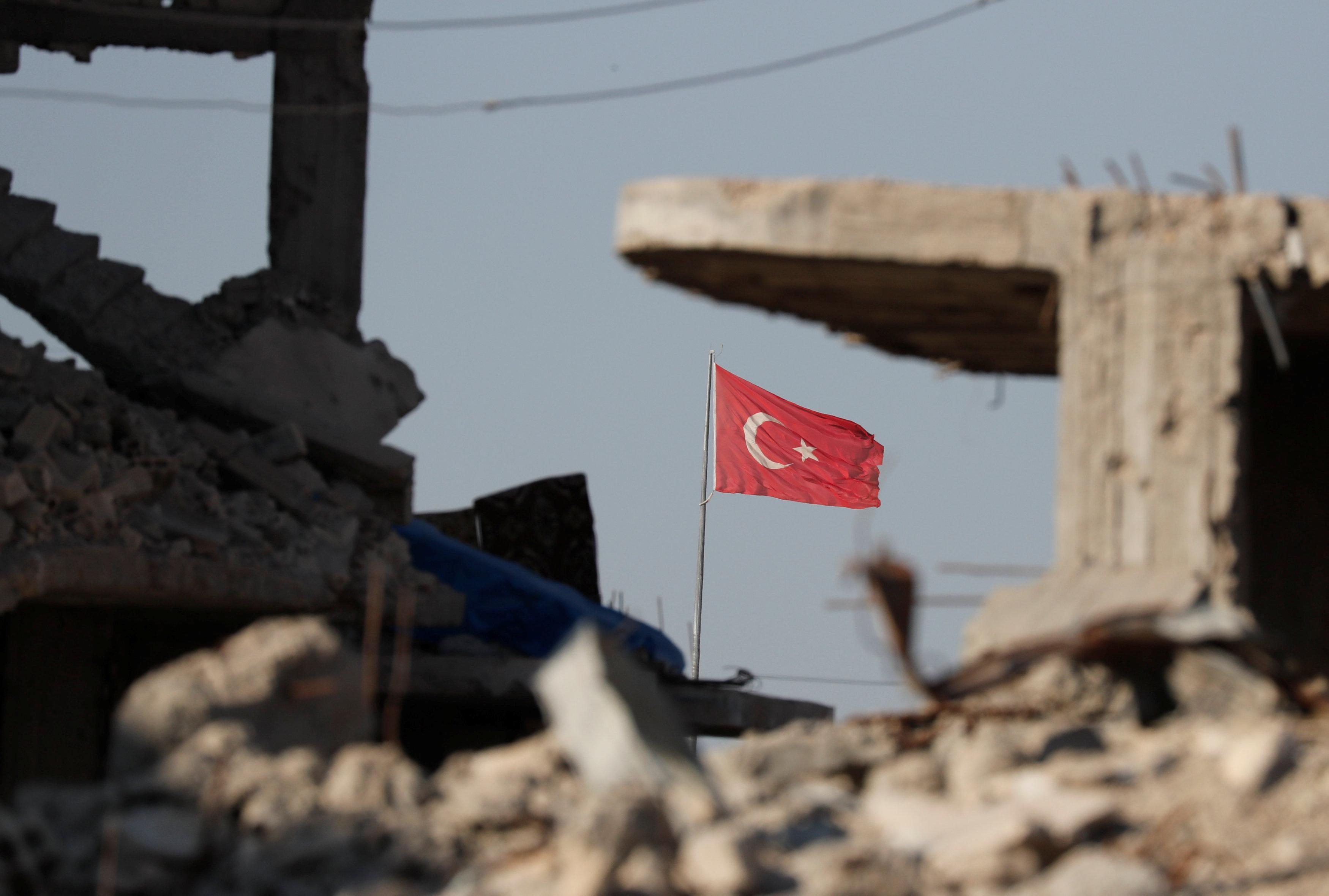 Η Τουρκία δηλωνει οτι αν καταλάβει το Αφρίν δεν θα το παραδώσει στην Συρία   tovima.gr