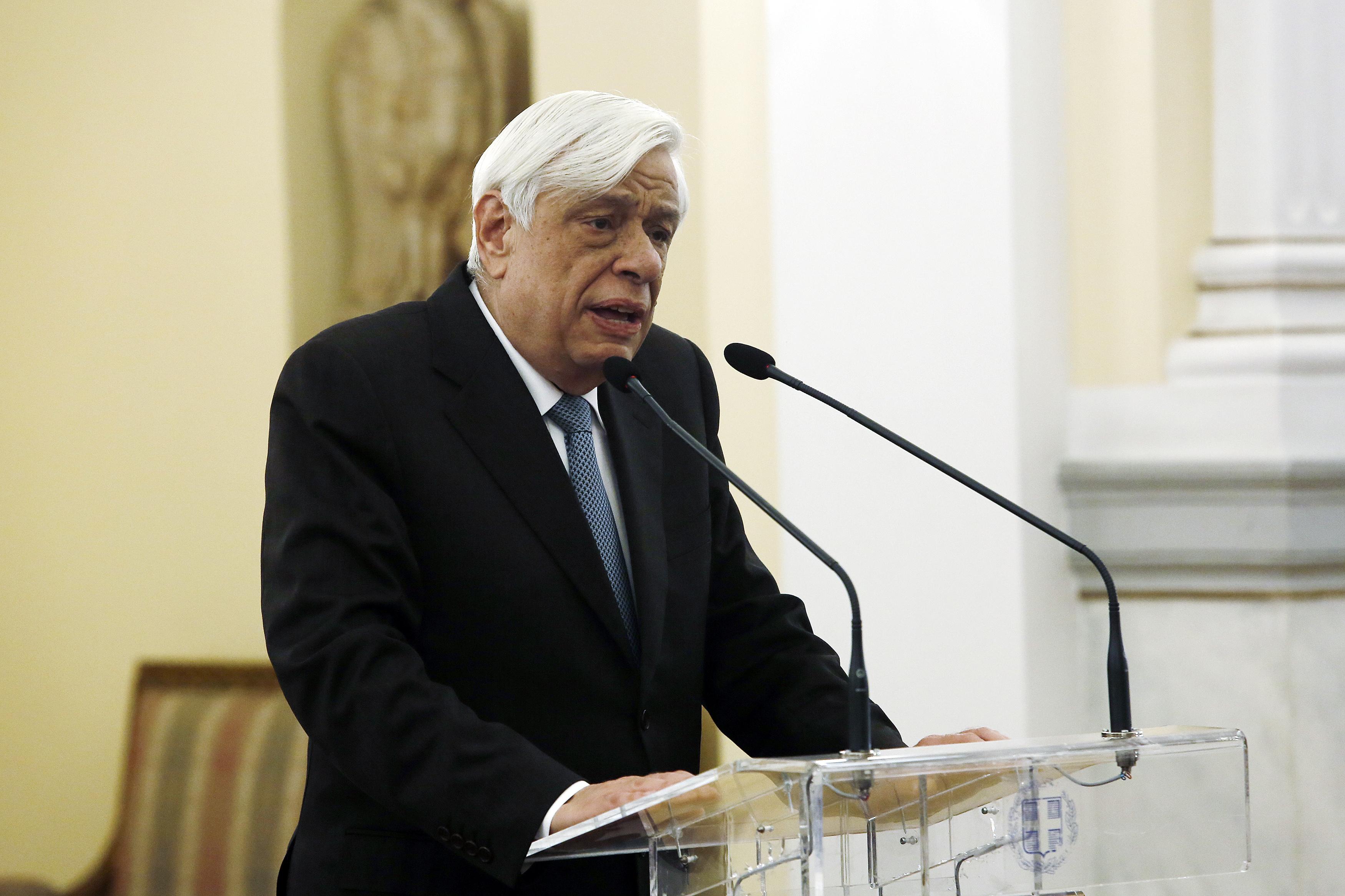 Παυλόπουλος: Εξήρε τη σημασία της ελλληνογαλλικής φιλίας   tovima.gr