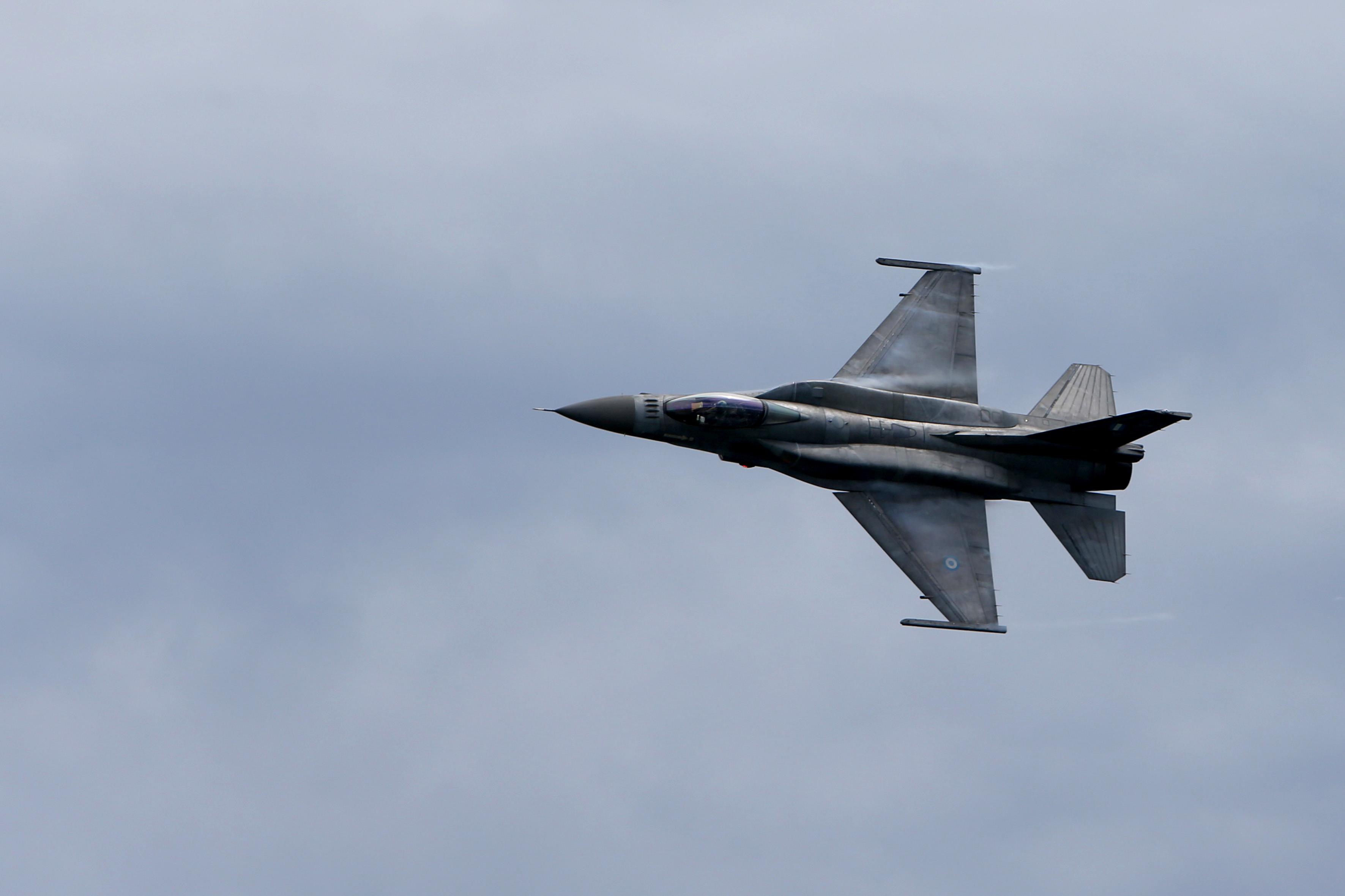 Νέα πρόκληση στο Φαρμακονήσι με υπερπτήση τουρκικού F-16 | tovima.gr
