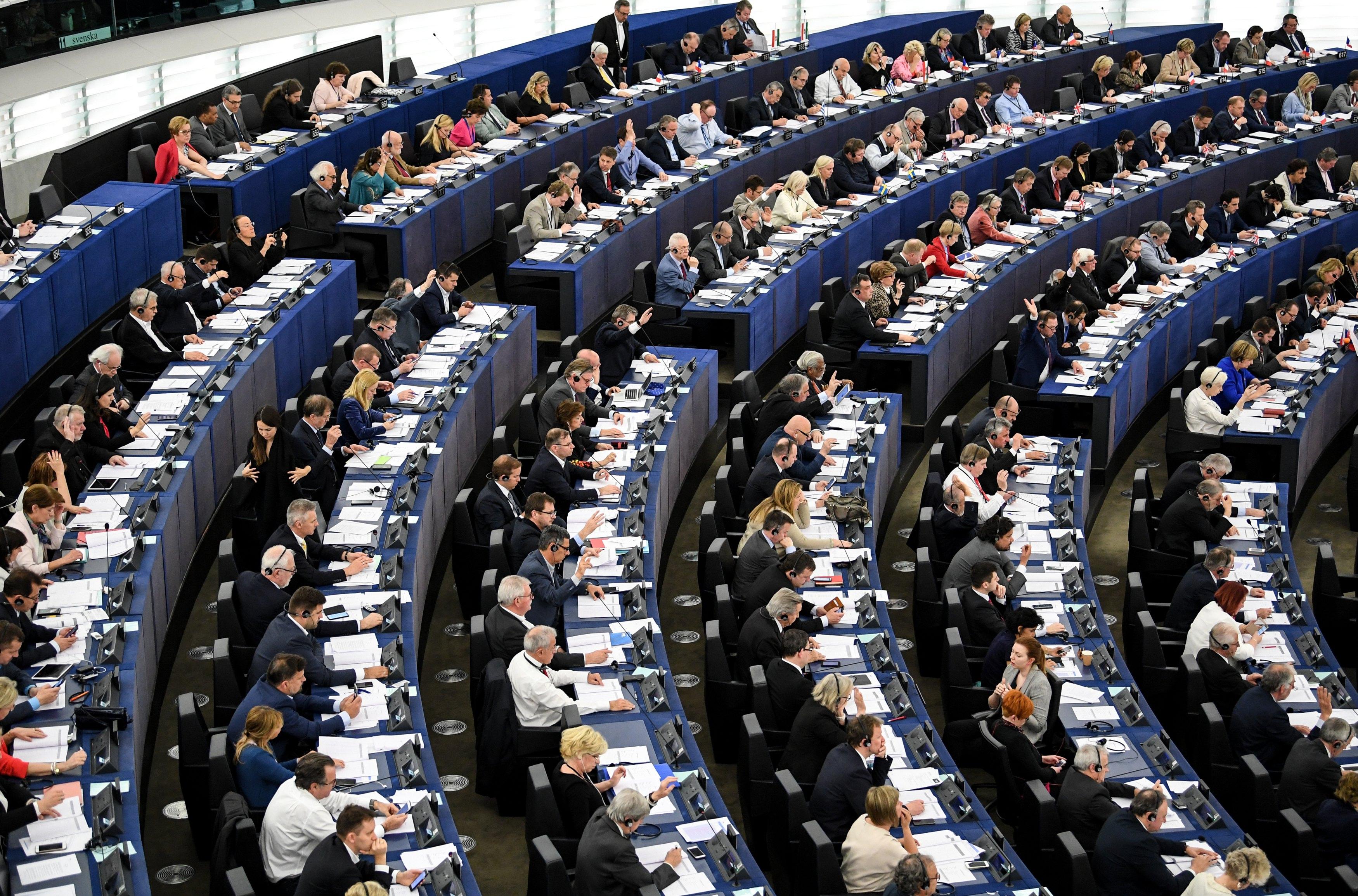 Ευρωπαίος αξιωματούχος: Θα αργήσει να κλείσει η αξιολόγηση | tovima.gr