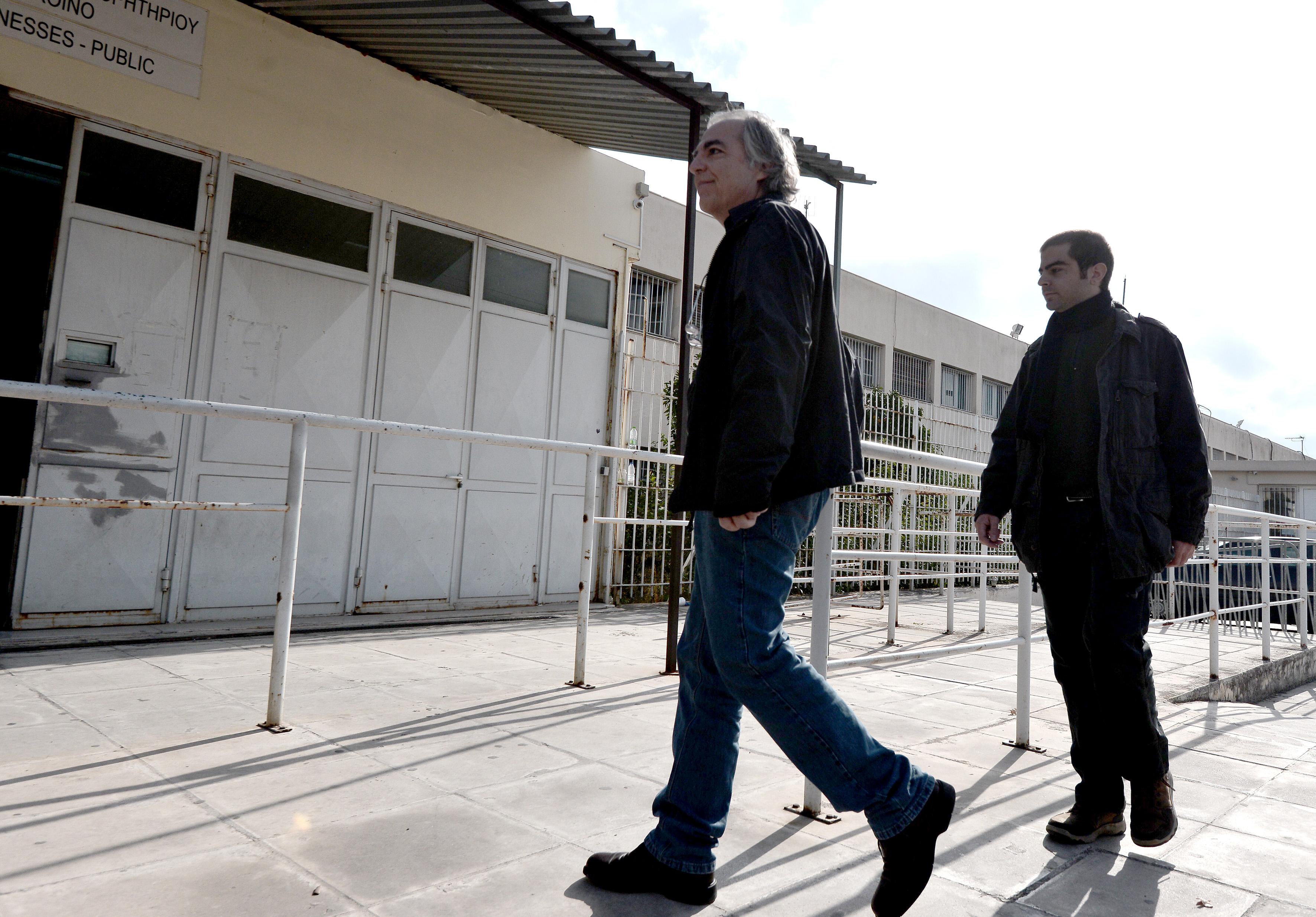 Εγκρίθηκε η τρίτη 48ωρη άδεια στον Δ. Κουφοντίνα   tovima.gr