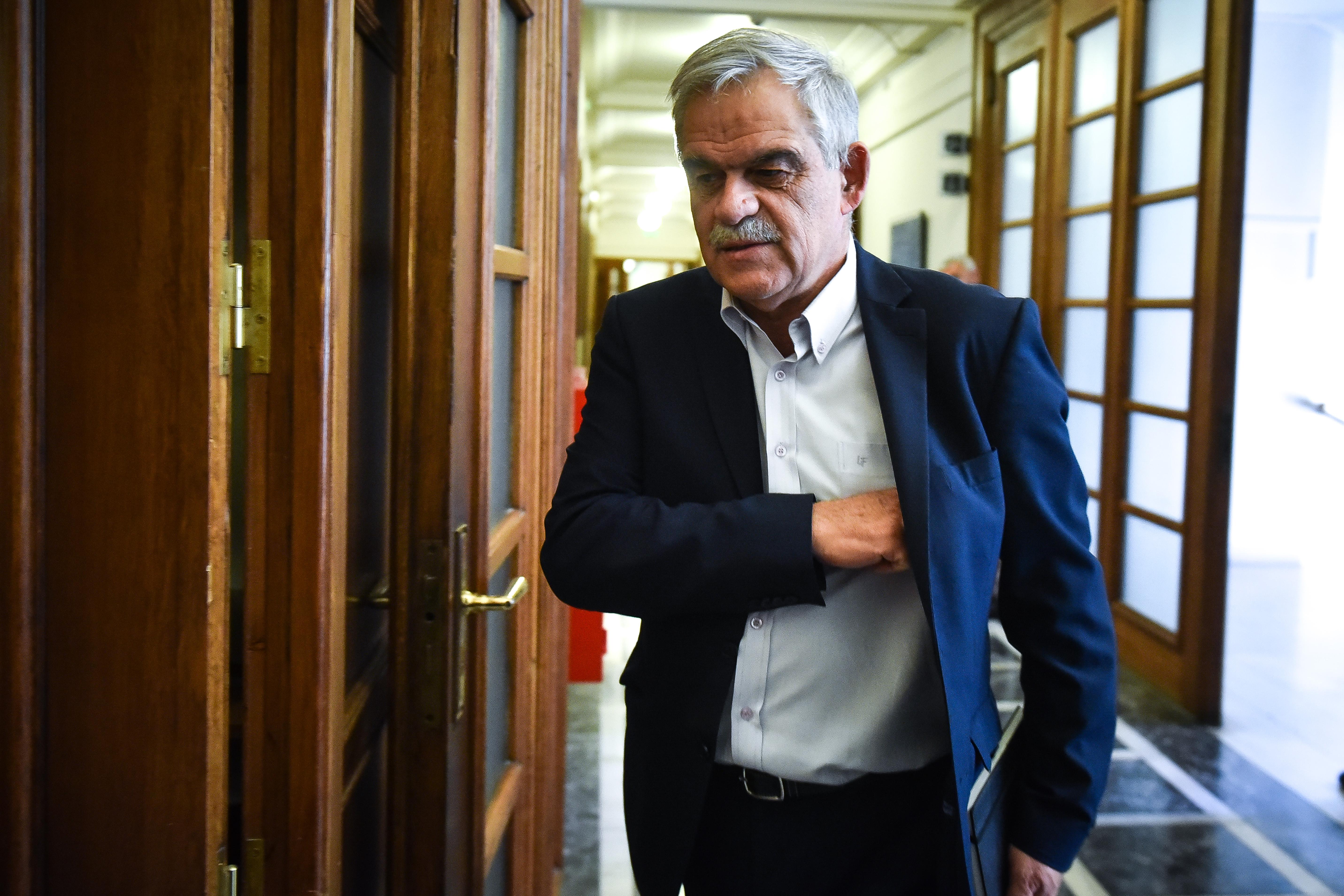 Έγινε δεκτή η παραίτηση του Νίκου Τόσκα | tovima.gr