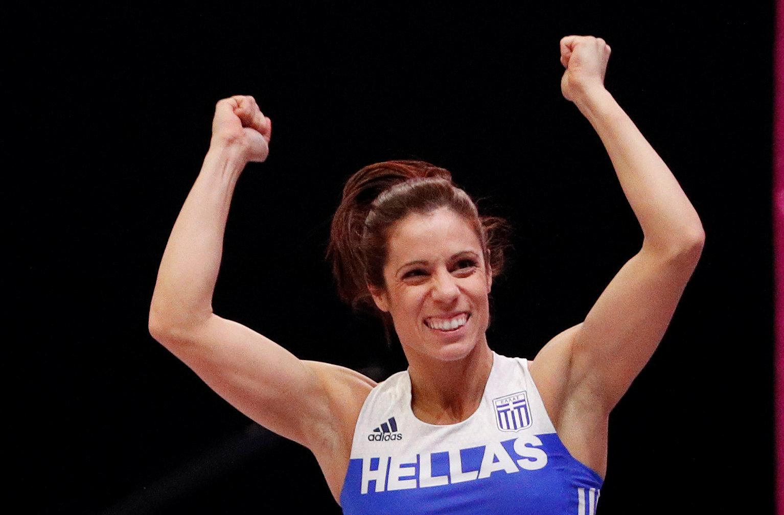 Με τρεις ελληνίδες αθλήτριες ο τελικός του άλματος επί κοντώ   tovima.gr