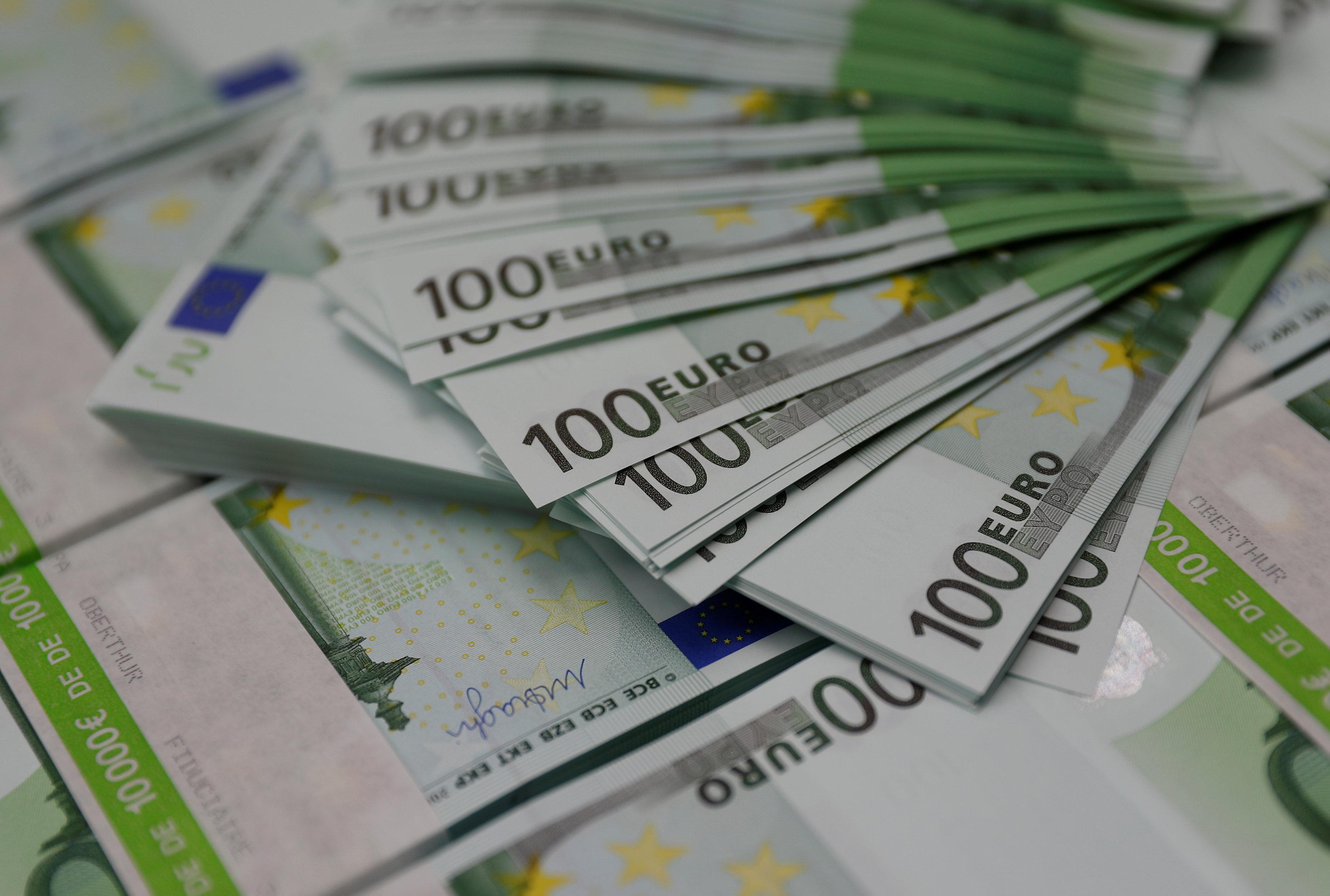 Προϋπολογισμός: Στα €2 δισ. το πρωτογενές πλεόνασμα | tovima.gr