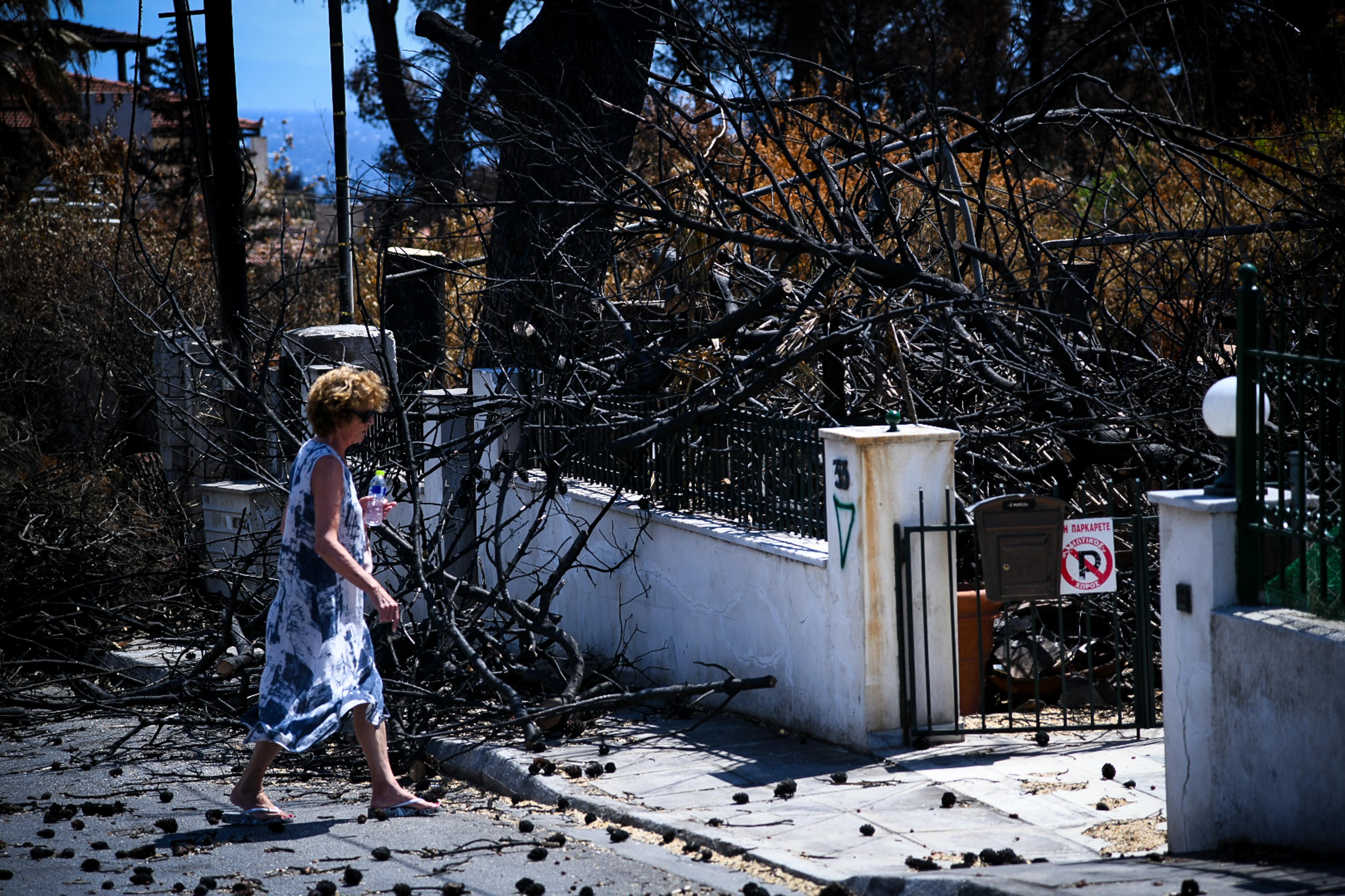Καταβάλλεται το έκτακτο επίδομα στους πυρόπληκτους στο Μάτι | tovima.gr