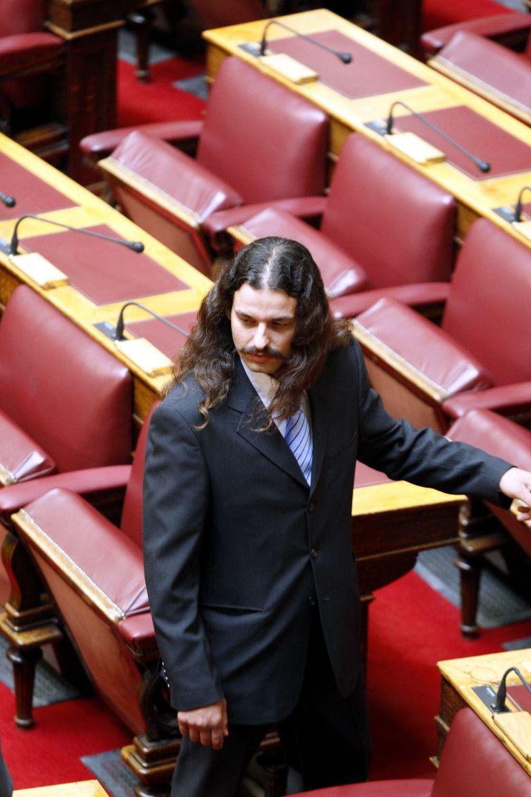 Αρση της ασυλίας του Μπαρμπαρούση για τα επεισόδια στο Μεσολόγγι | tovima.gr