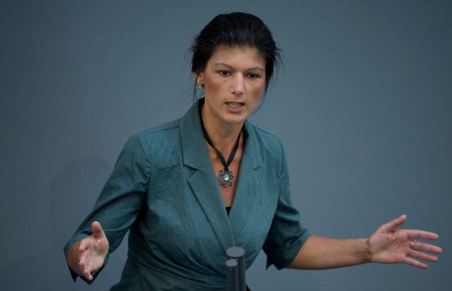 Ζάρα Βάγκενκνεχτ: «Η τρόικα ως ταύρος εν υαλοπωλείω!» | tovima.gr