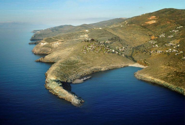 ΥΠΕΚΑ: Εγκρίθηκαν δύο τουριστικές επενδύσεις σε Μήλο και Κέα   tovima.gr